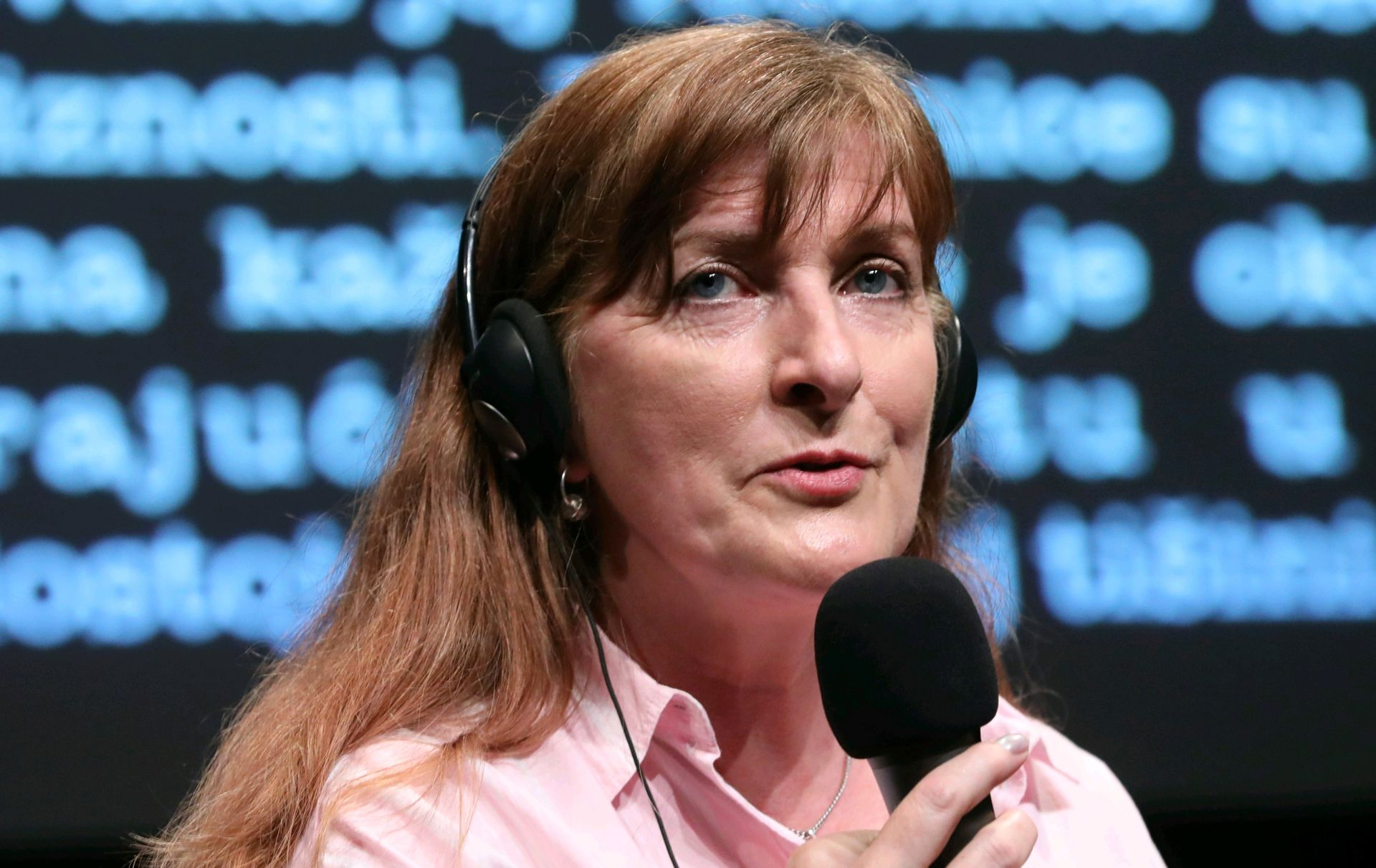 FEKP Janice Galloway: 'Pišem kako bih lakše prebrodila život'