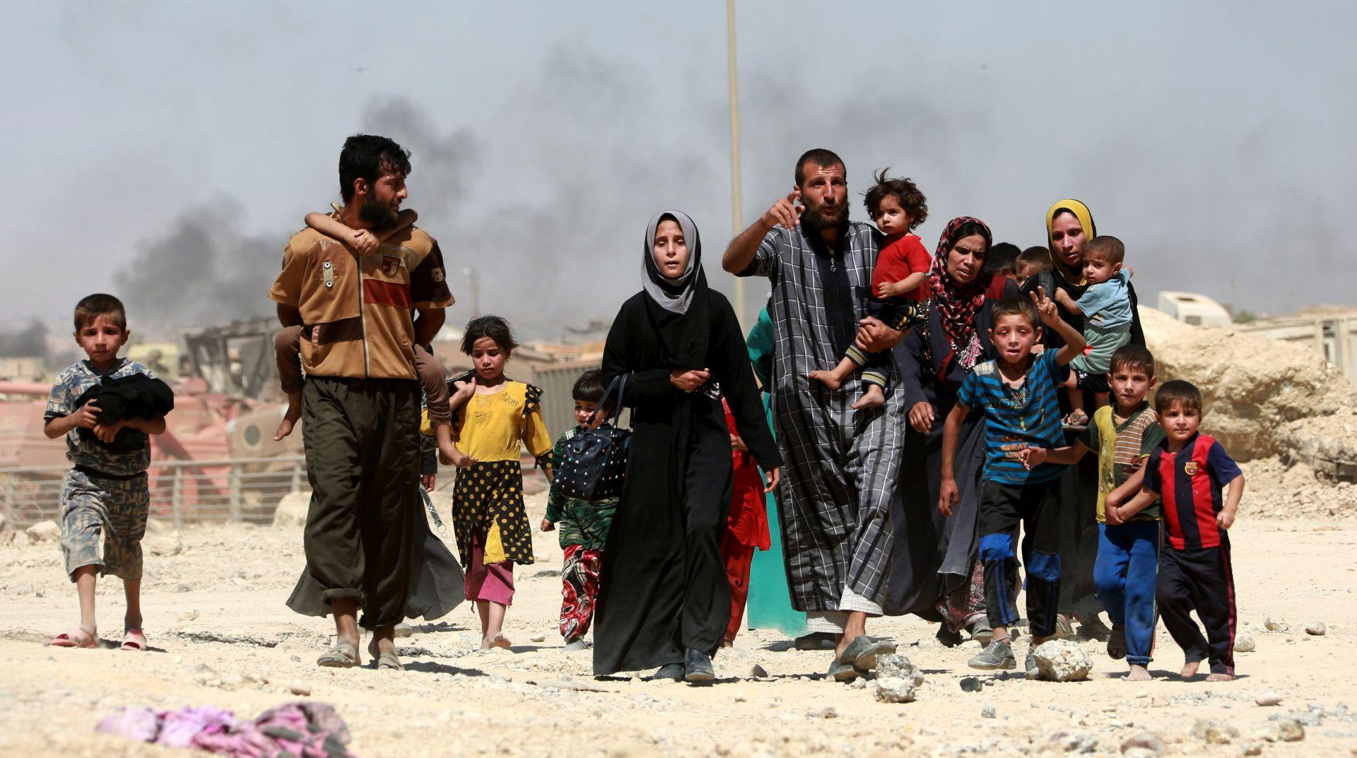IRAK Jedno dijete umrlo, više od 800 otrovanih u izbjegličkom kampu