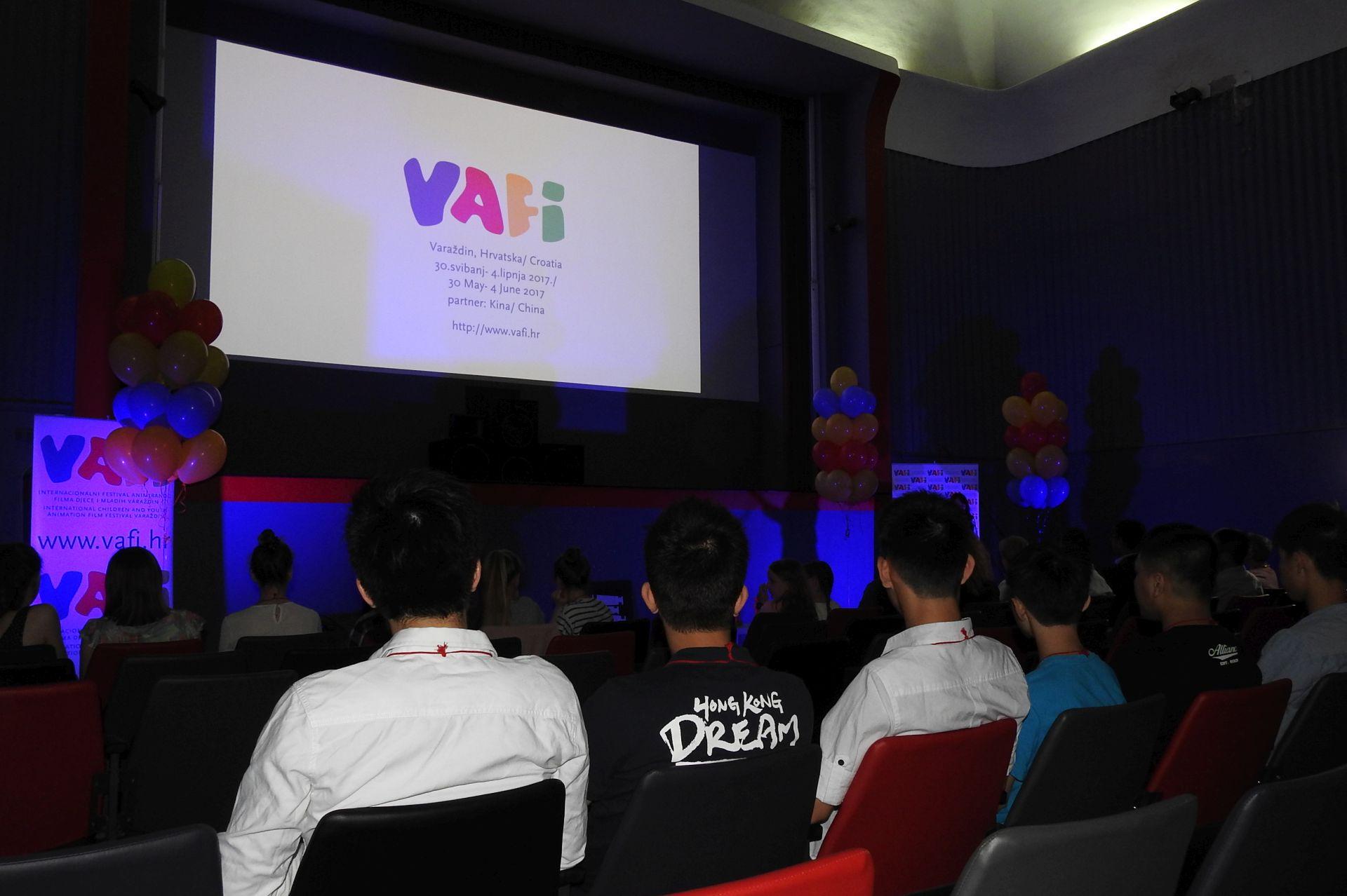 Dodjelom nagrada u sekciji Junior završio 8. VAFI