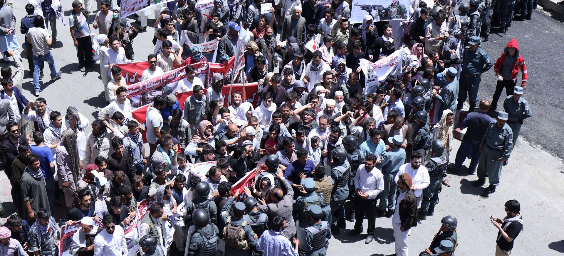 KABUL Eksplozije na pogrebu ubijenog na prosvjedima, najmanje 6 mrtvih
