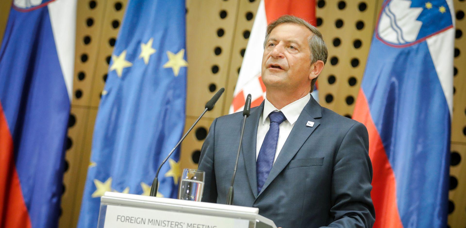 Erjavec ne može zamisliti da Hrvatska ne prihvati odluku arbitraže