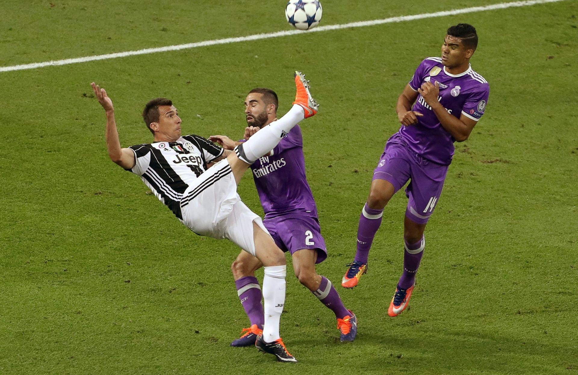 VIDEO: Mandžukićeva majstorija protiv Reala proglašena golom sezone