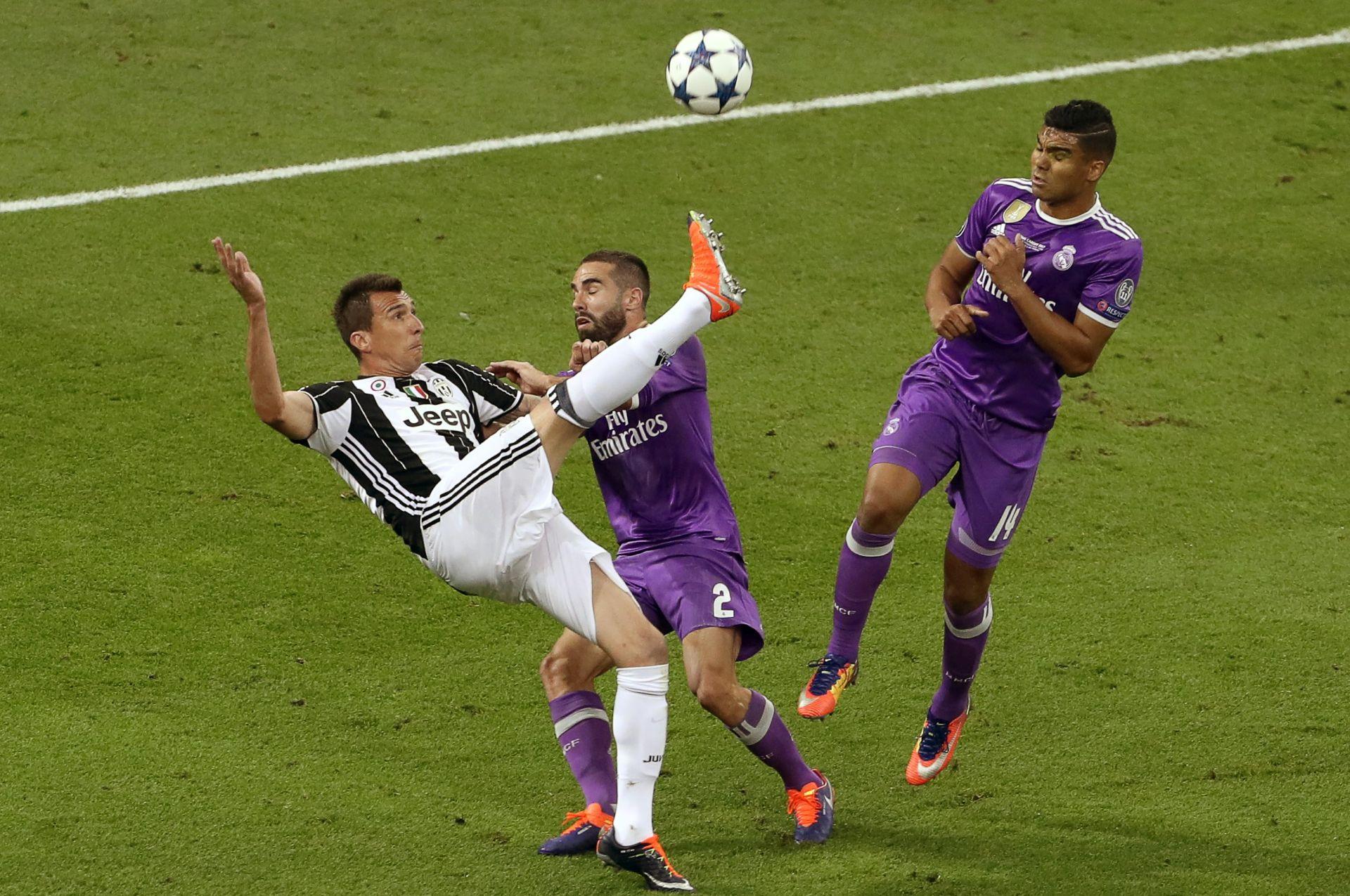 VIDEO: VELEMAJSTOR Mandžukićev gol u finalu Lige prvaka najljepši protekle sezone