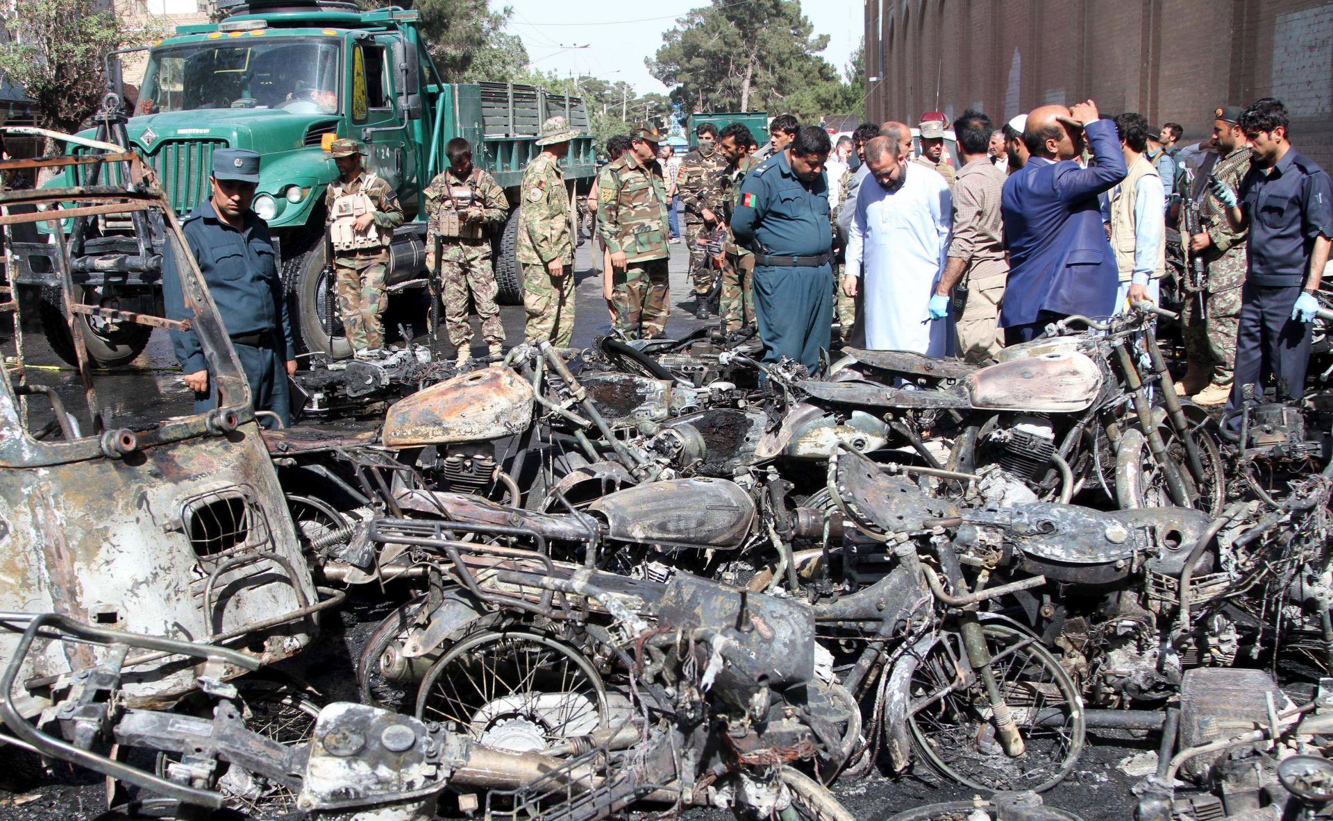 U Afganistanu dan žalosti nakon bombaških napada
