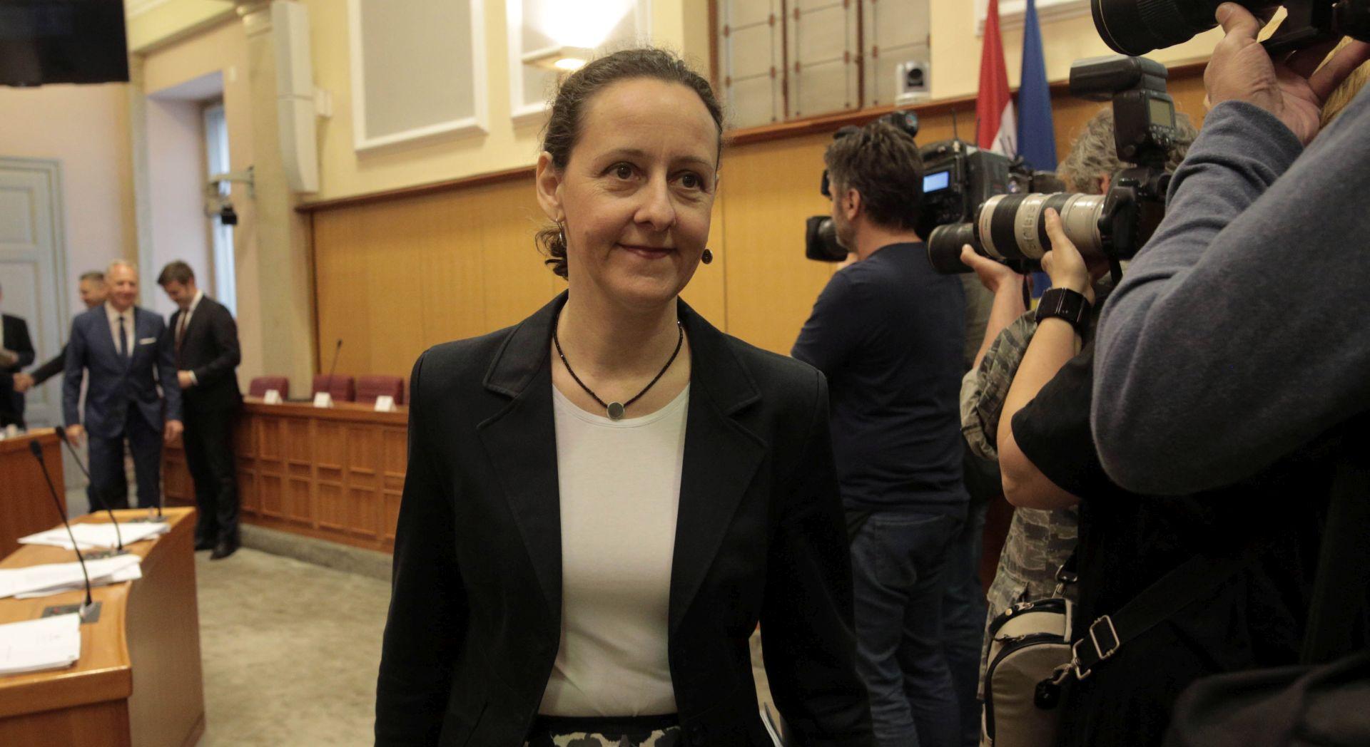 Ministrica Obuljen Koržinek s glavnom direktoricom francuskog Nacionalnog centra knjige