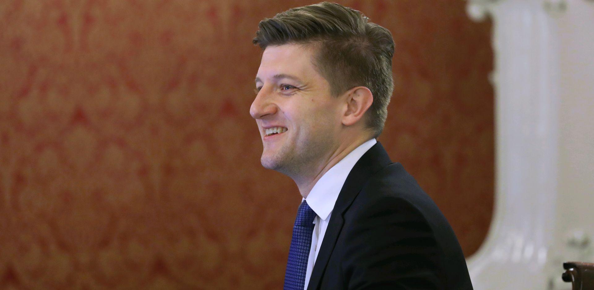 ZDRAVKO MARIĆ 'Namjeravamo nastaviti s trendom smanjivanja javnog duga'