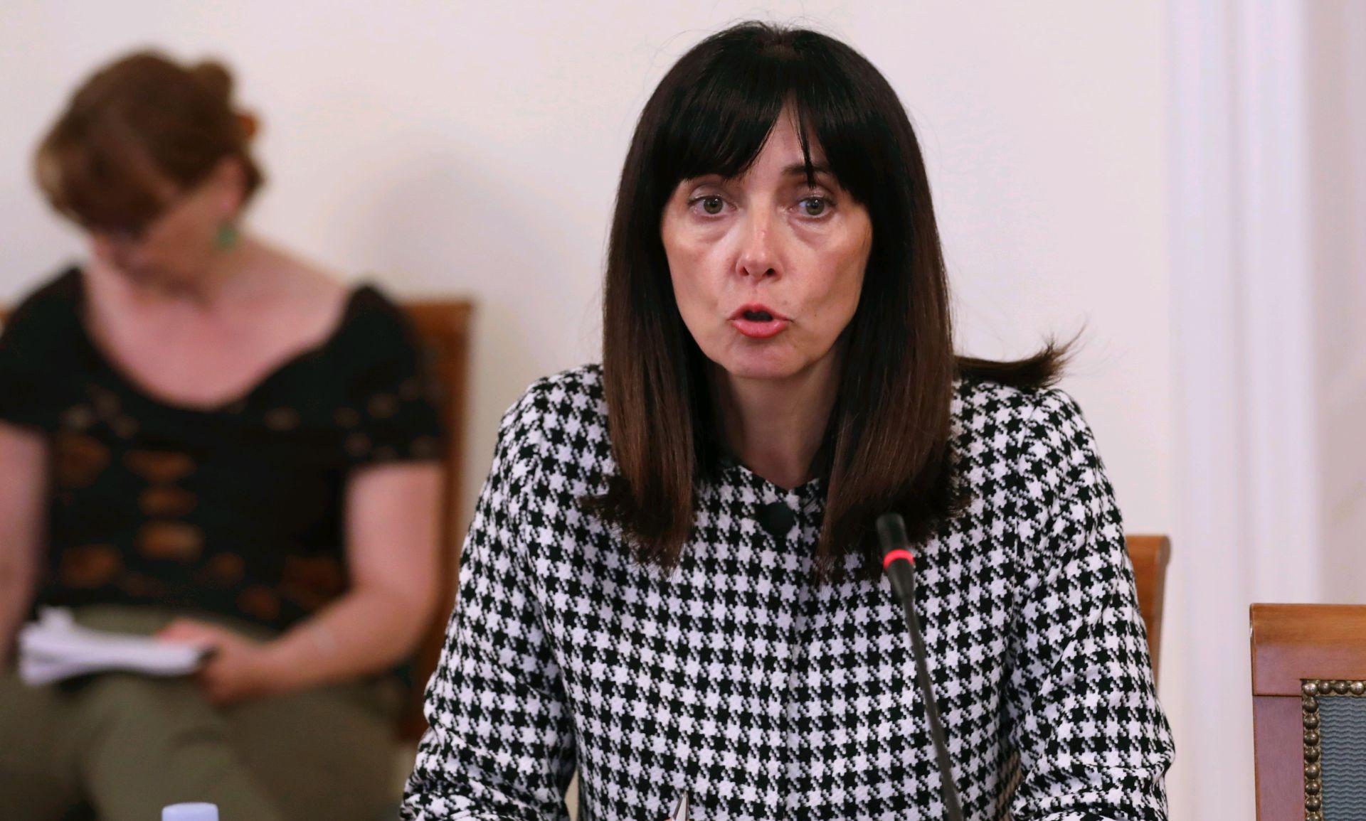 Pavo Barišić predao Ministarstvo obrazovanja i znanosti Blaženki Divjak