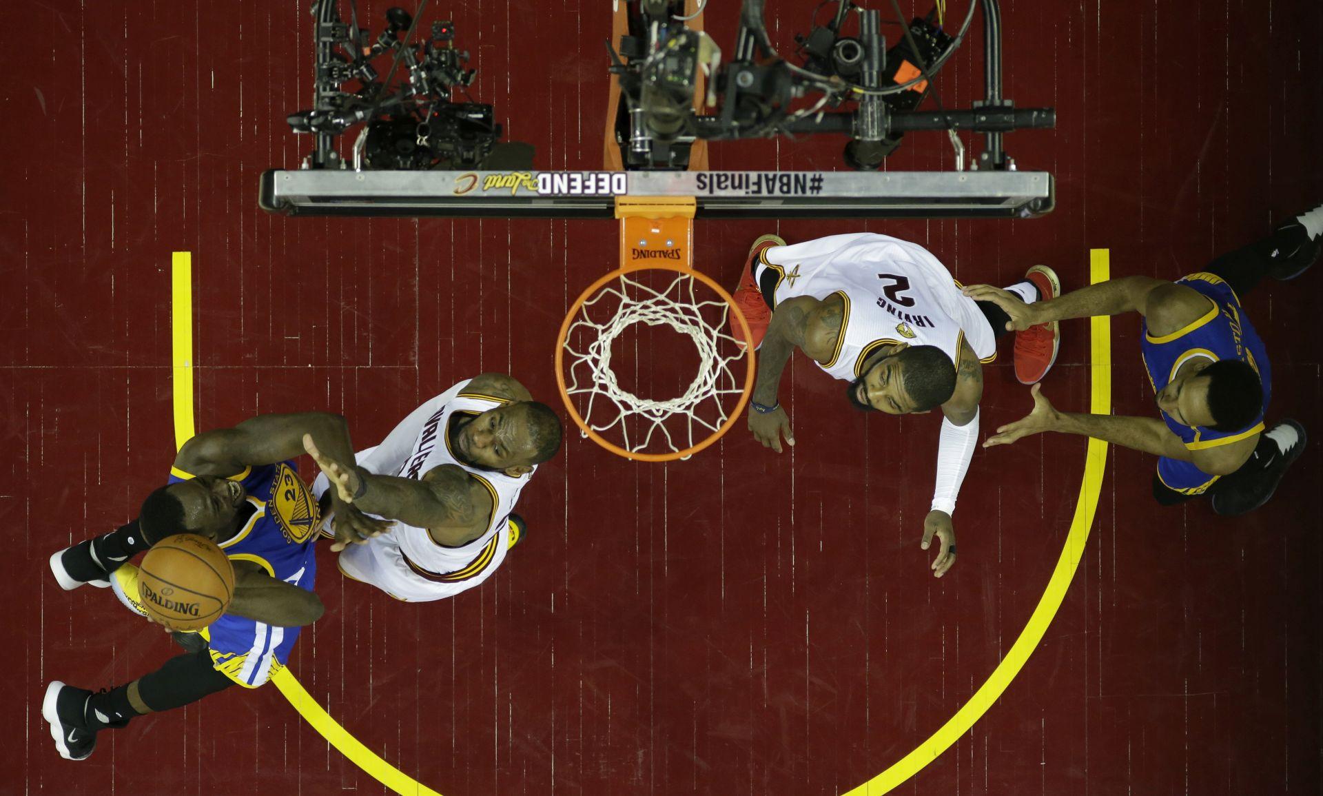 NBA Cleveland izbjegao 'metlu'