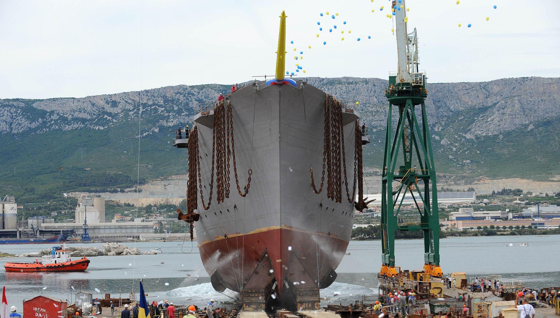 U Brodosplitu porinut najveći jedrenjak s križnim jedrima