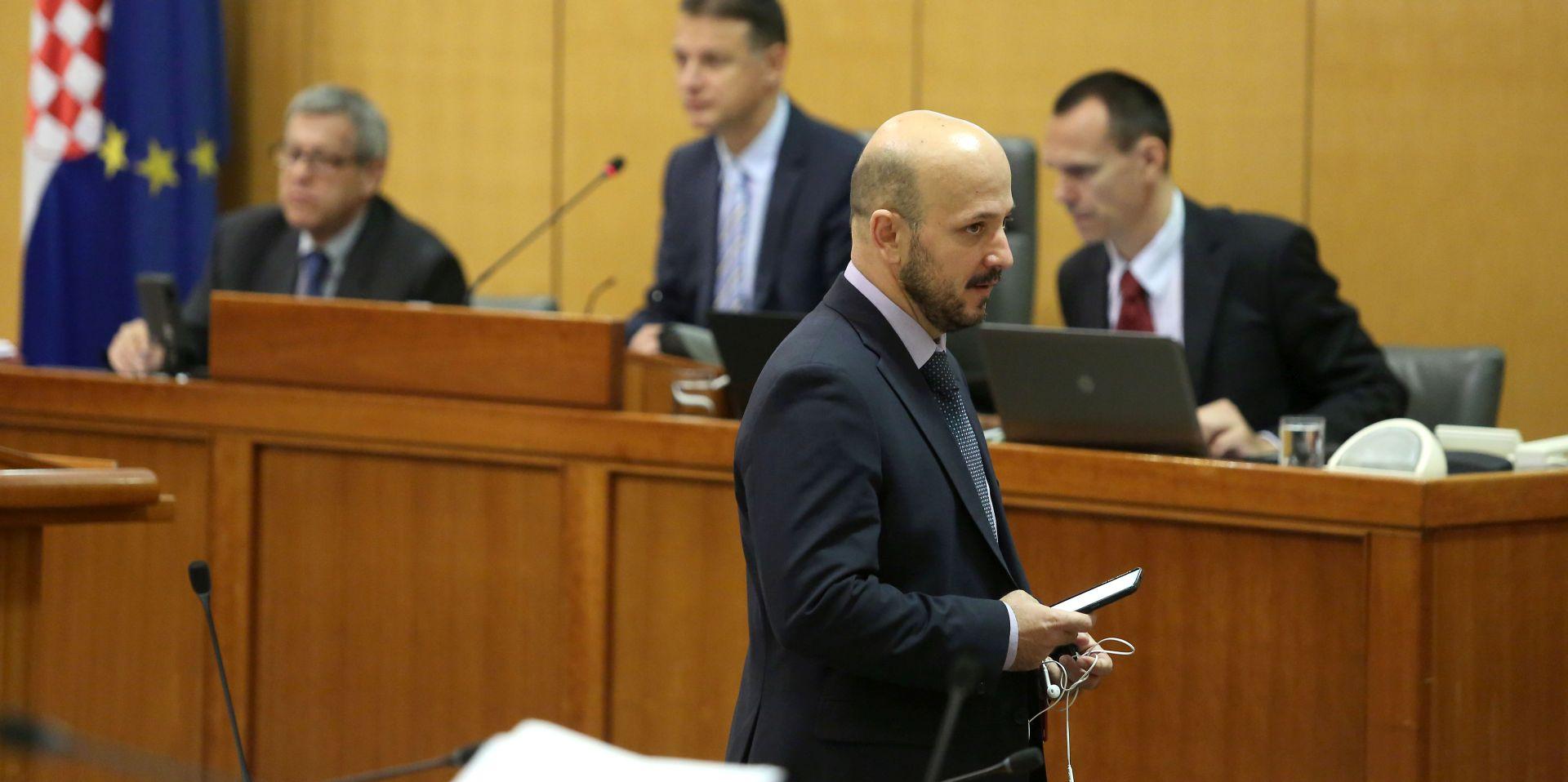 SABOR: Zbog Todorićeva bloga Bulj traži ostavku Vlade, Maras odgovore premijera, Bačić – to su Todorićeve tvrdnje