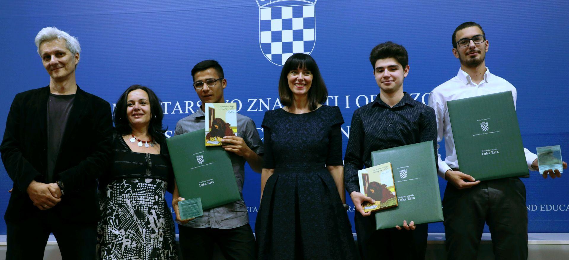 Dodijeljene nagrade Luka Ritz učenicima Karlu Koroni, Draženu Oršušu te priznanje Franu Markulinu