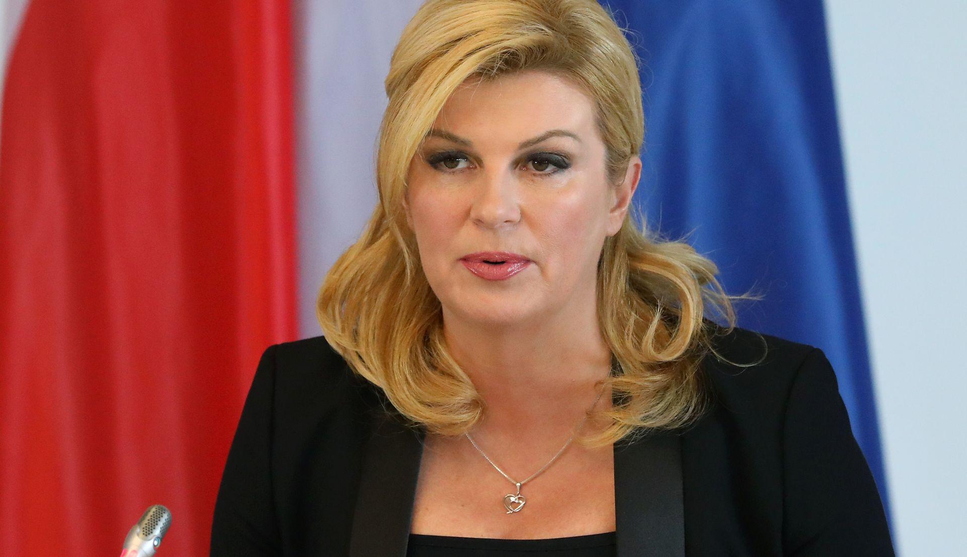 GRABAR-KITAROVIĆ 'Želim da se Vlada usredotoči na egzistencijalna pitanja'