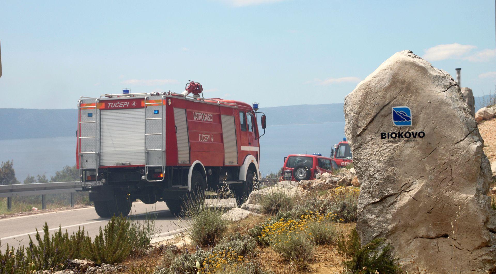 Ministar Krstičević obišao požarište na Makarskom primorju