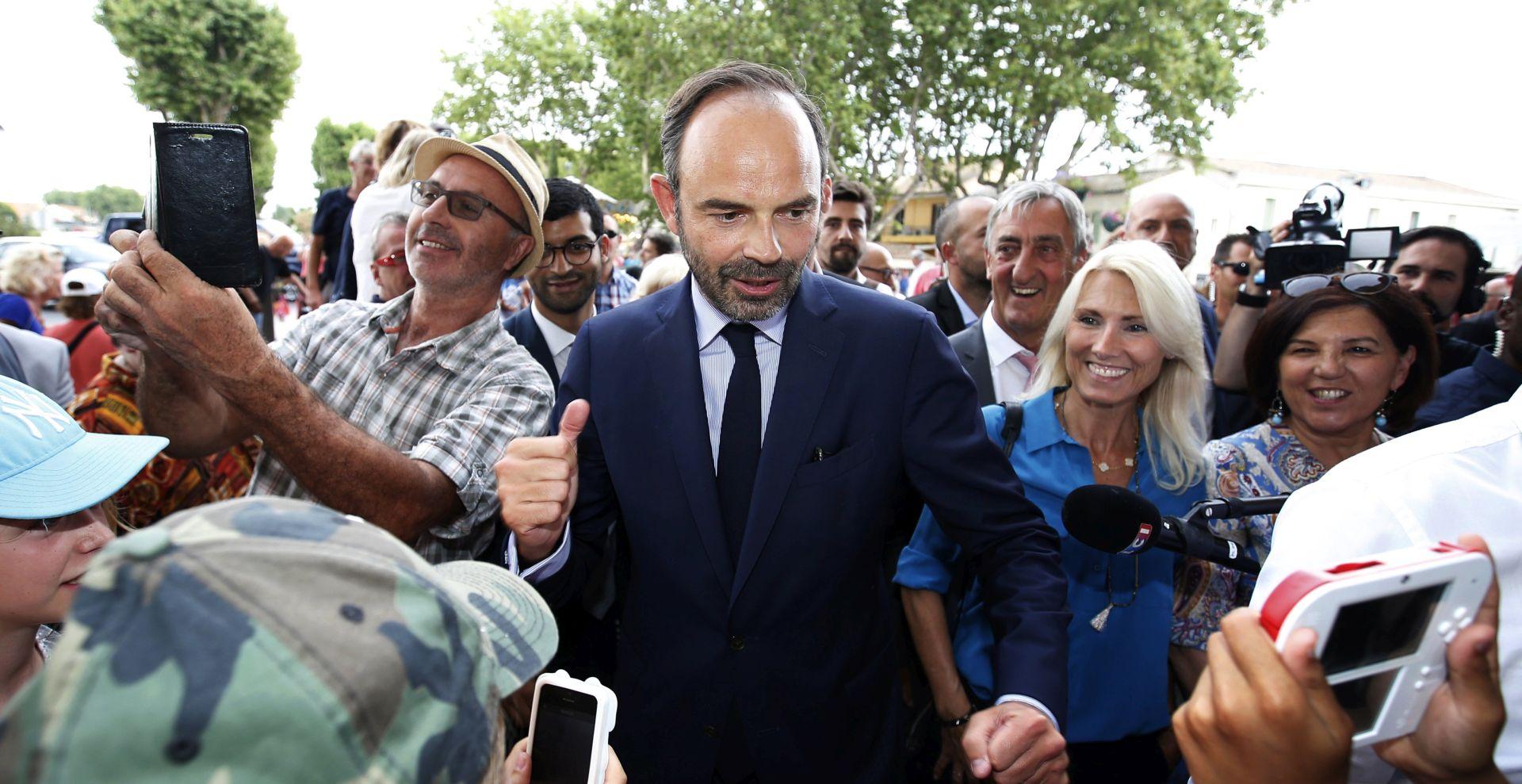 FRANCUSKI PREMIJER 'Glasači su nam dali jasnu većinu'