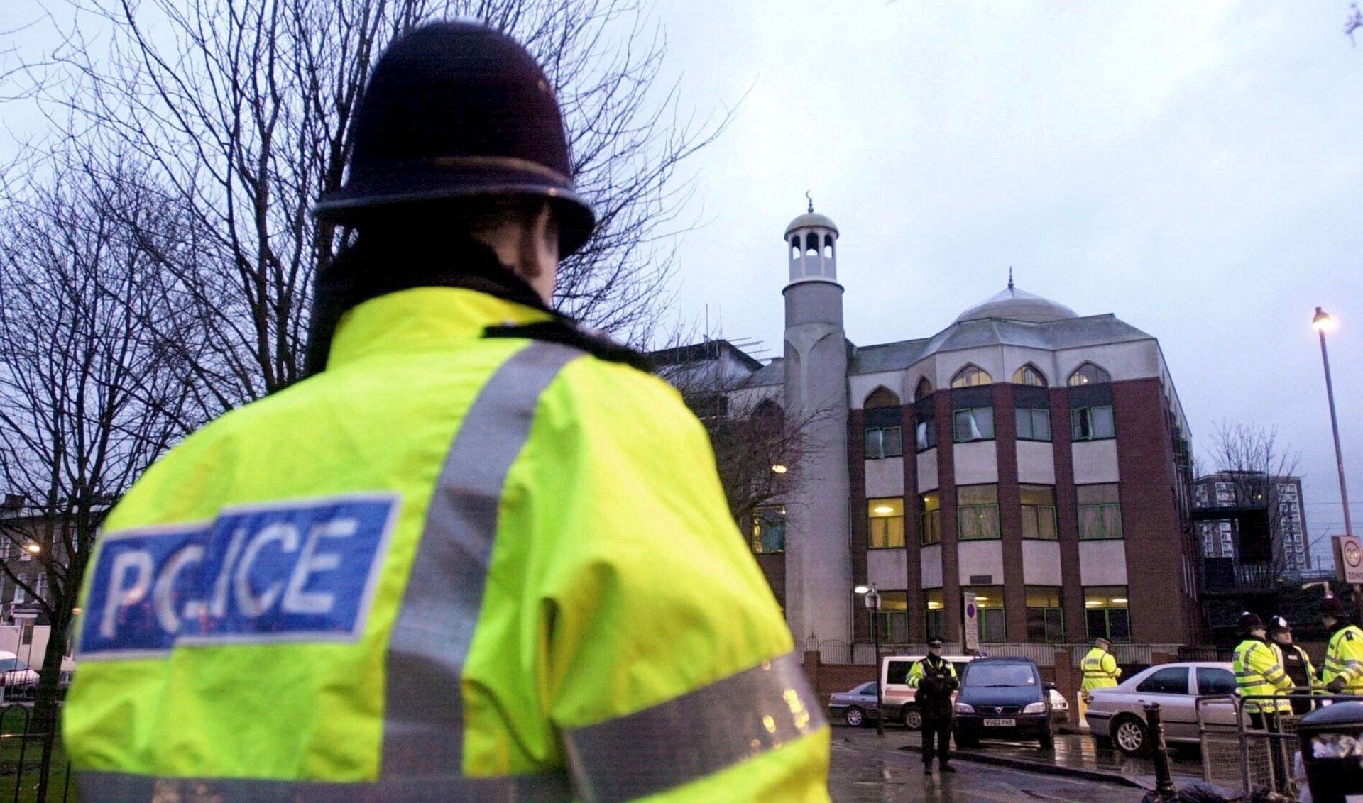 Britanski napadač na muslimanske vjernike optužen za terorizam
