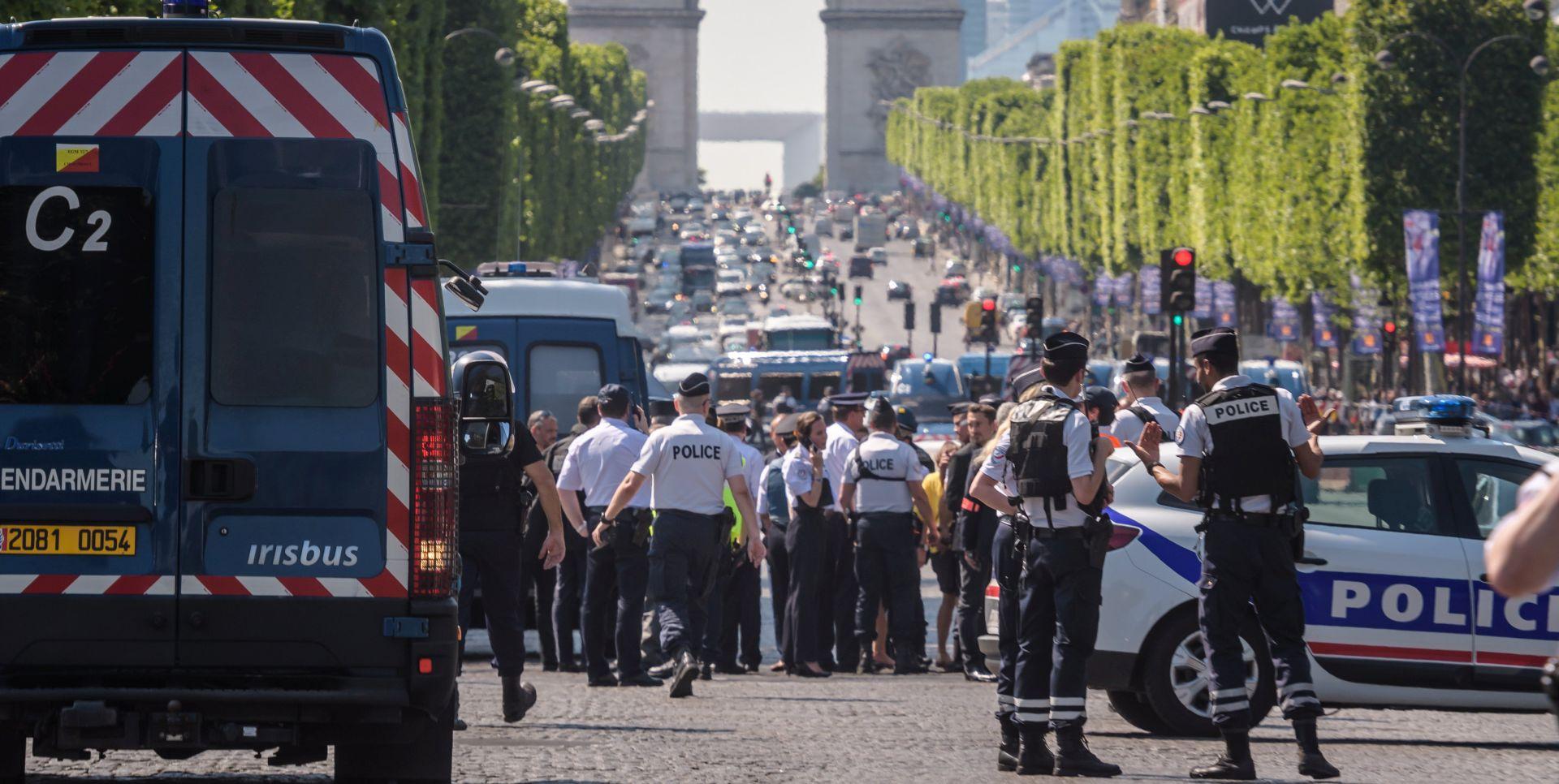 Protuteroristička borba apsolutan prioritet francuske vanjske politike