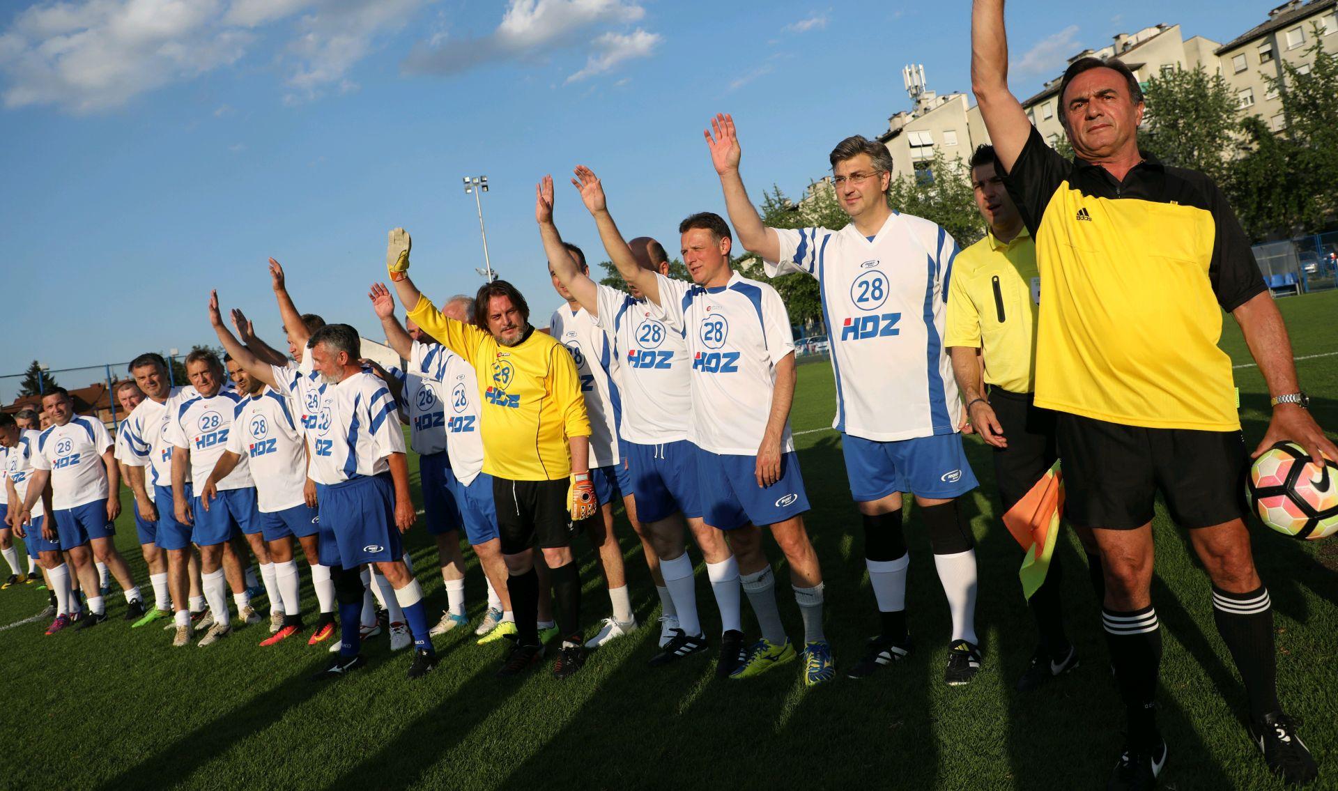 FOTO: NK JARUN Održana tradicionalna nogometna utakmica na obljetnici osnutka HDZ-a