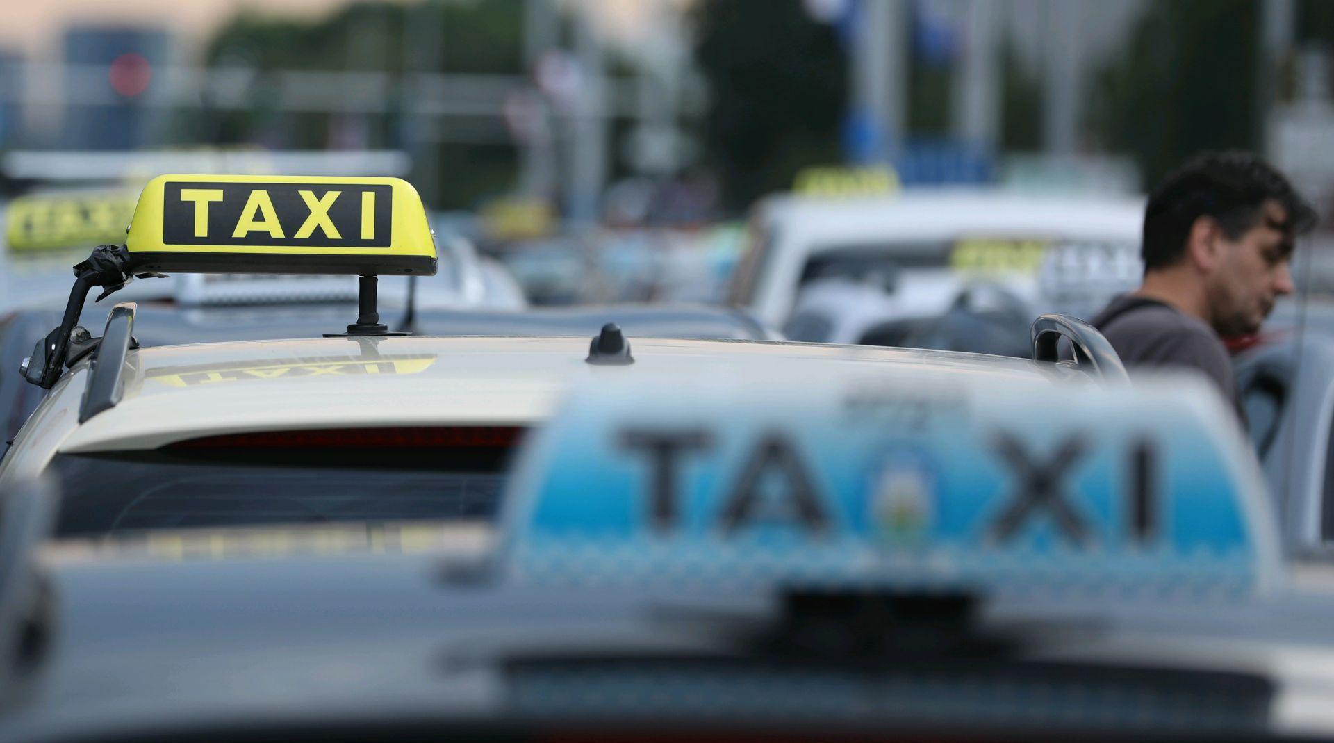 Taksi prijevoz će se moći naručiti i putem elektroničke aplikacije