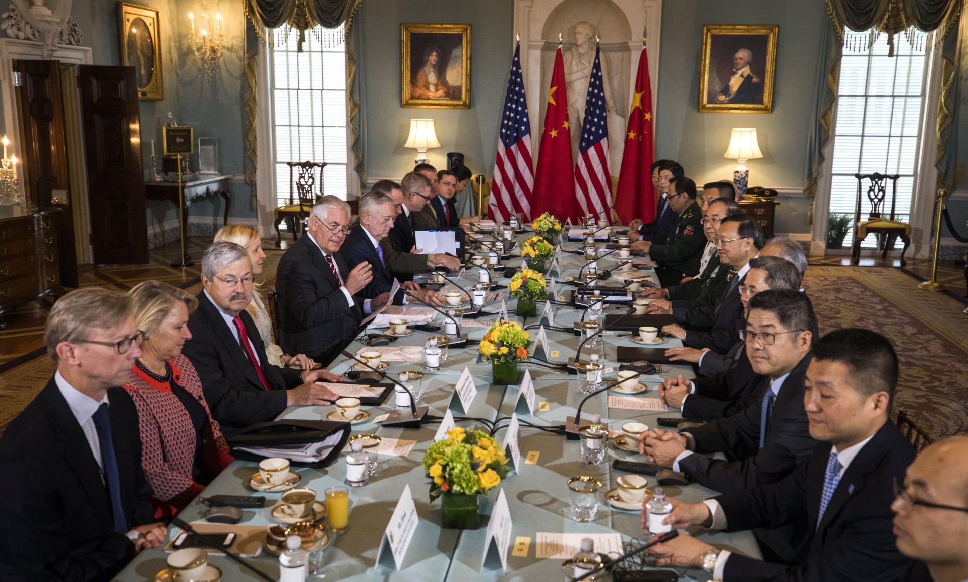 Kina i SAD za 'potpunu, dokazivu i nepovratnu' denuklearizaciju Korejskog poluotoka