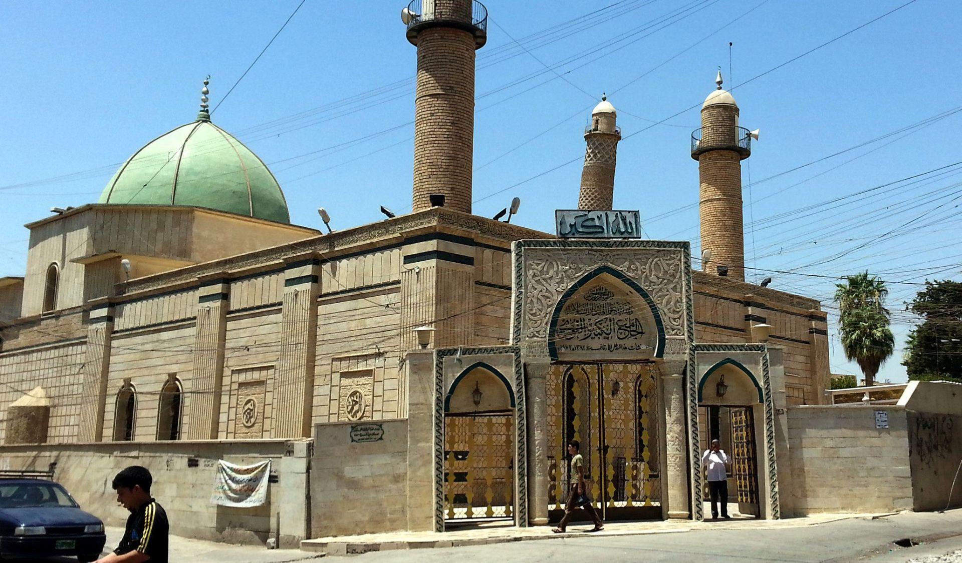 Irački premijer kaže da je uništenje mosulske džamije znak poraza IS-a