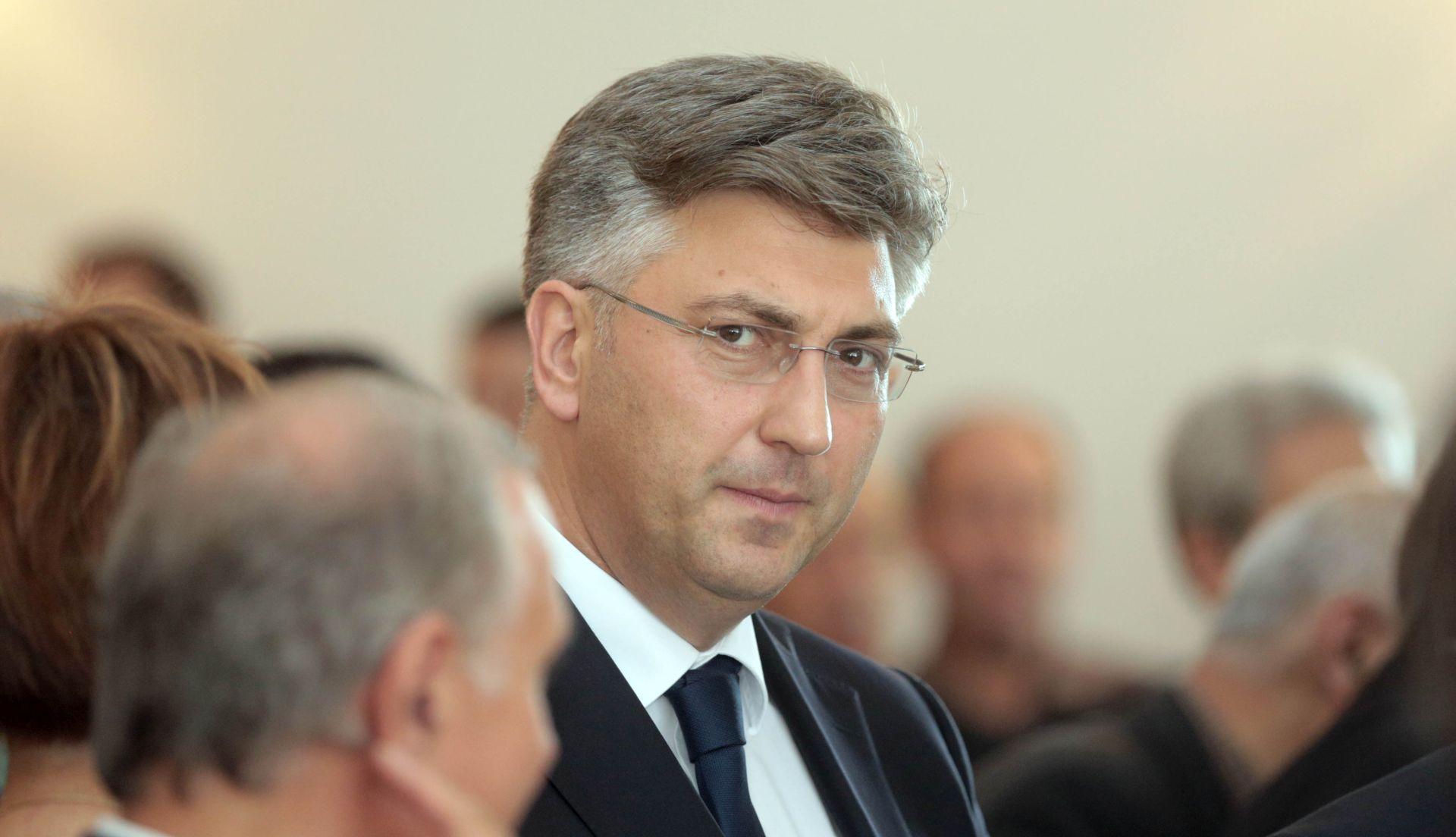 CRO DEMOSKOP: HDZ povećao prednost ispred SDP-a, Plenković najpozitivniji i najnegativniji političar