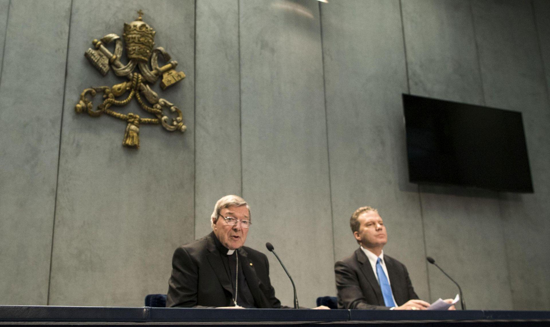 VATIKAN Kardinal Pell otišao na dopust kako bi se branio od optužbi za pedofiliju