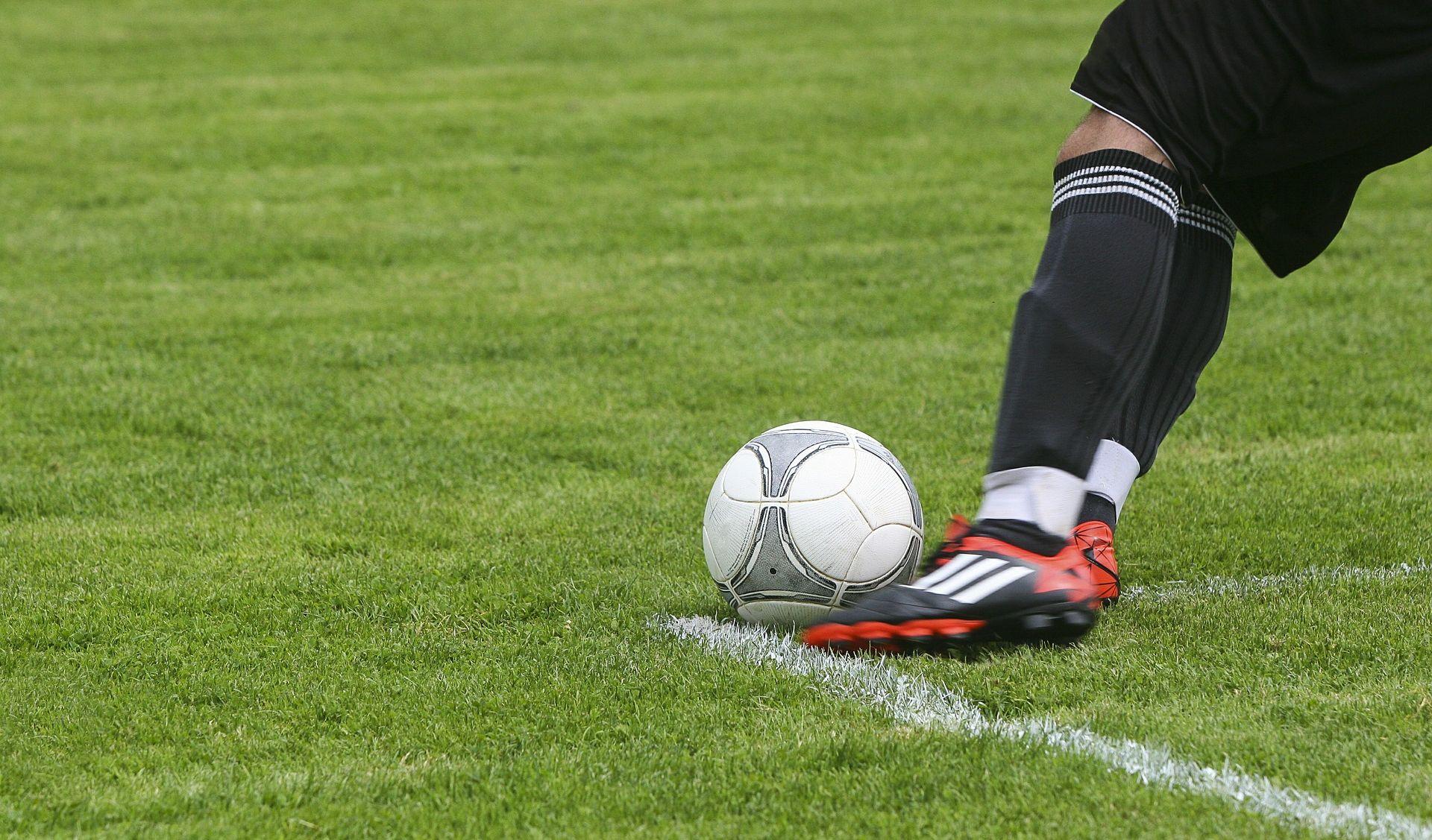 Balotelli produžio ugovor s Nicom