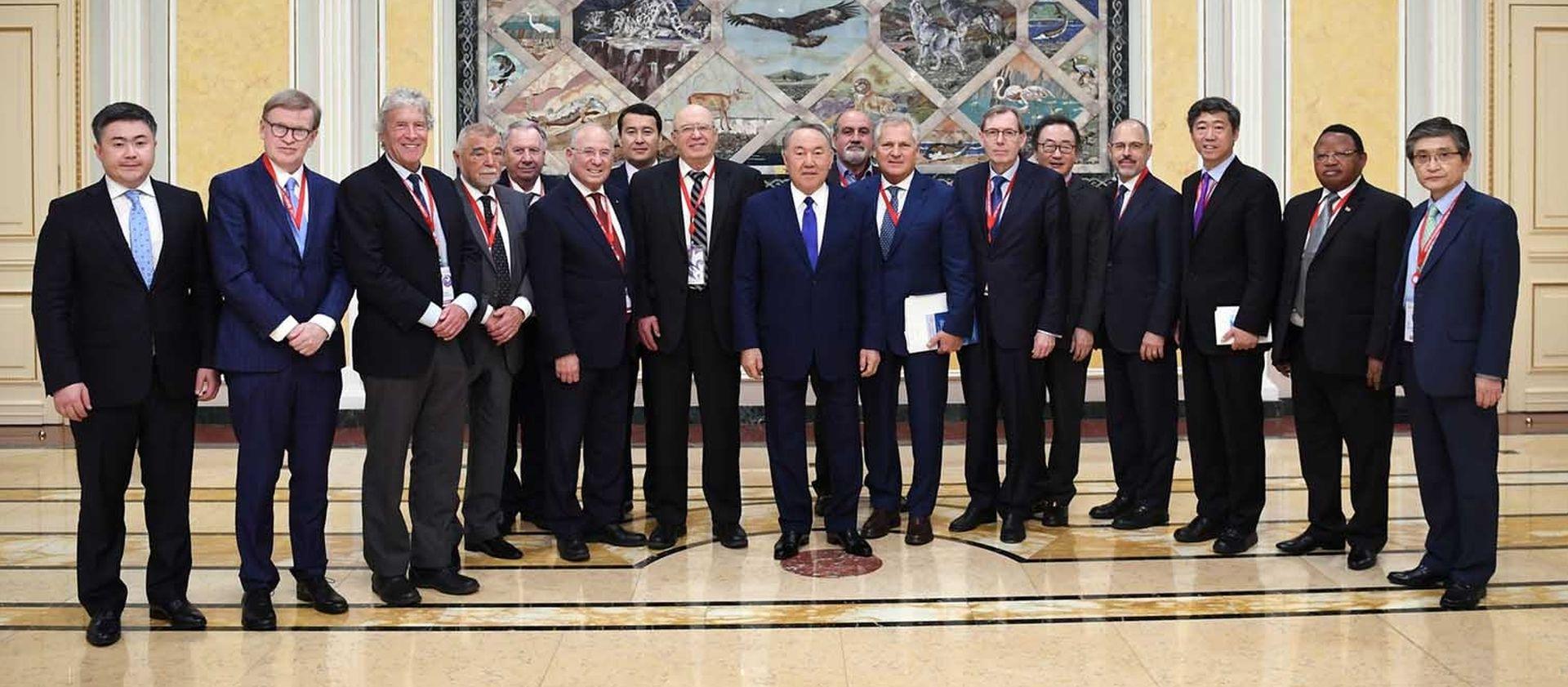 """MESIĆ NA EKONOMSKOM FORUMU U ASTANI """"Skladni suživot pripadnika više od 120 nacionalnosti u Kazahstanu primjer je koji bi trebao inspirirati cijeli svijet"""""""