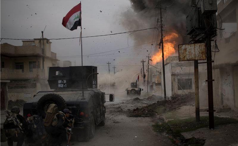 Preminula francuska novinarka ranjena u Mosulu
