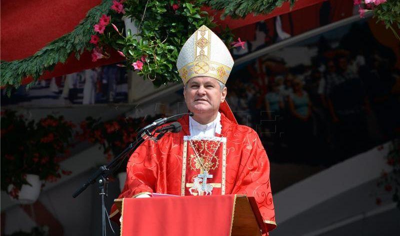 Biskup Košić prozvao koaliciju HNS-a i HDZ-a političkom prostitucijom
