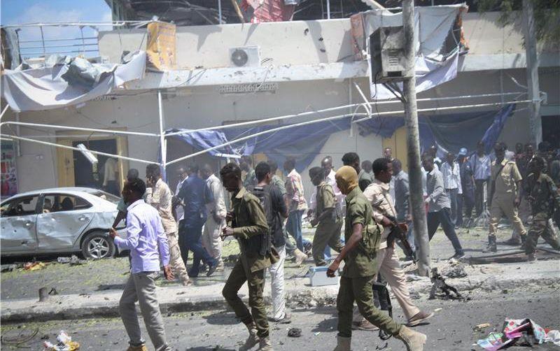 TERORISTIČKI NAPAD U MOGADISHUU Najmanje 12 poginulih