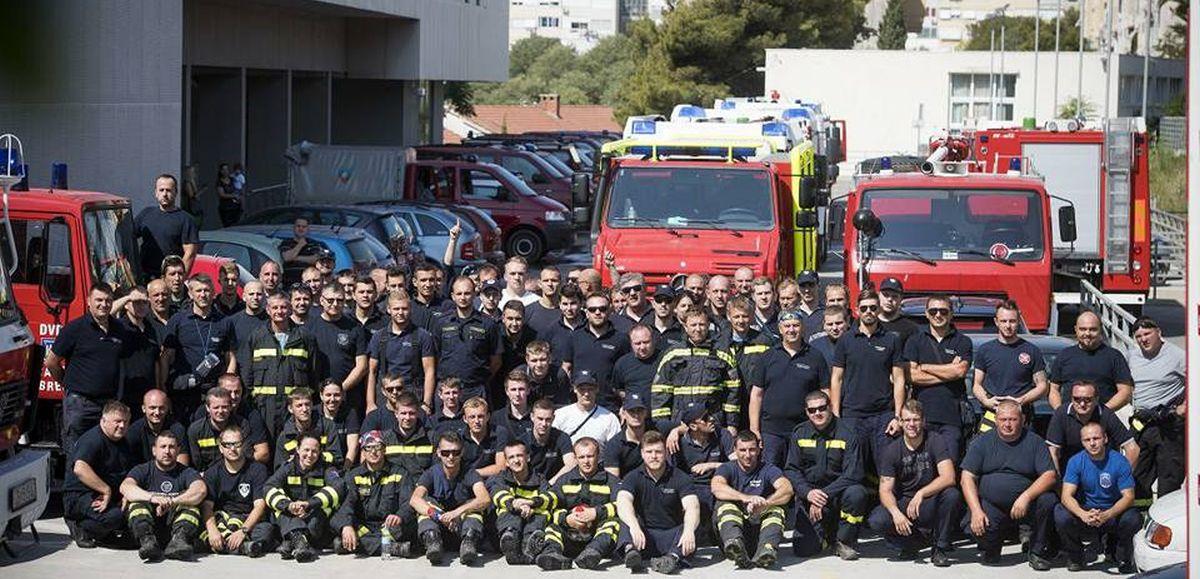 Zagrepčani dočekali vatrogasce iz Dalmacije