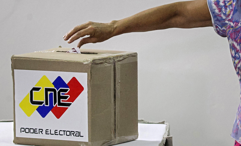 Dvoje mrtvih na izborima u Venezueli