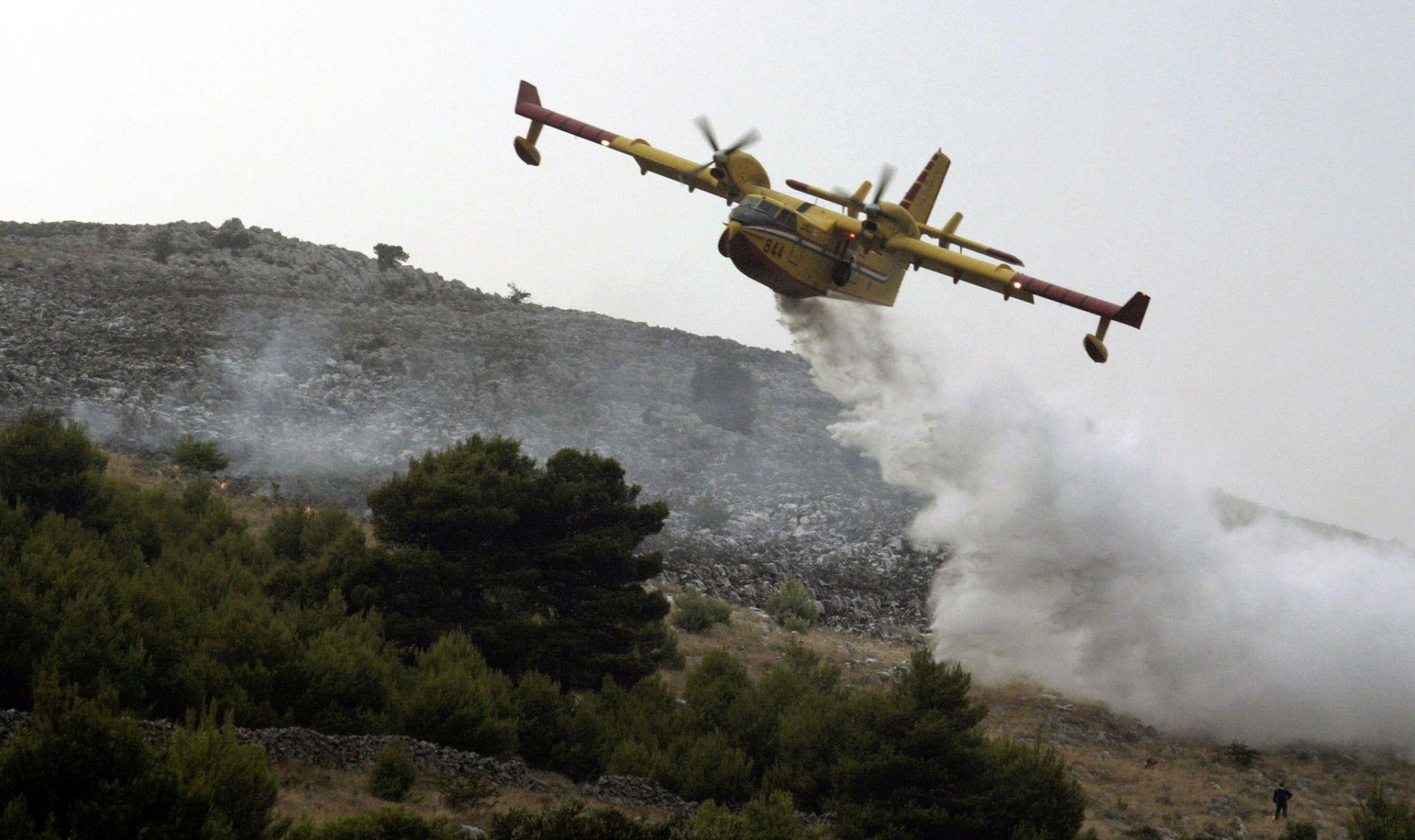 Lokalizirana sva četiri požara u Dalmaciji