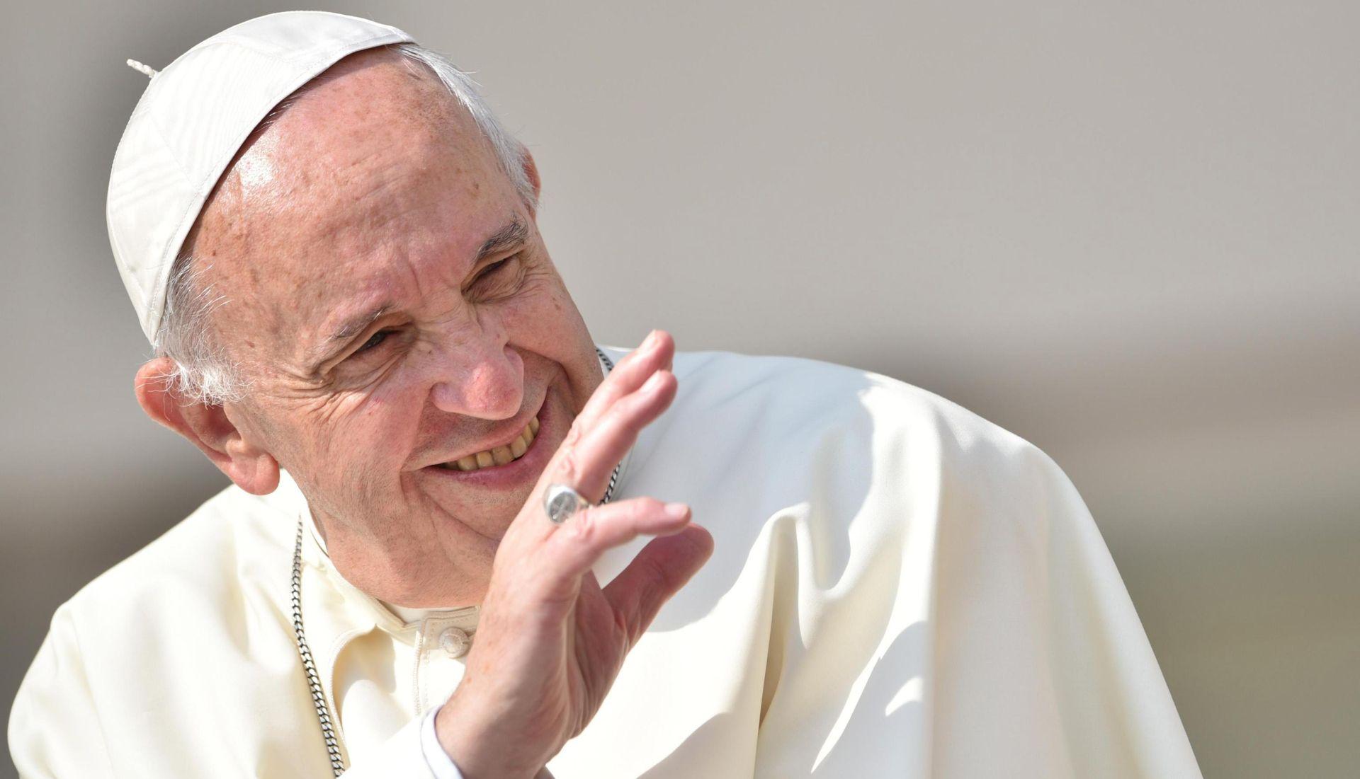 "Predstavljena knjiga-intervju pape Franje ""Bog je mlad"""