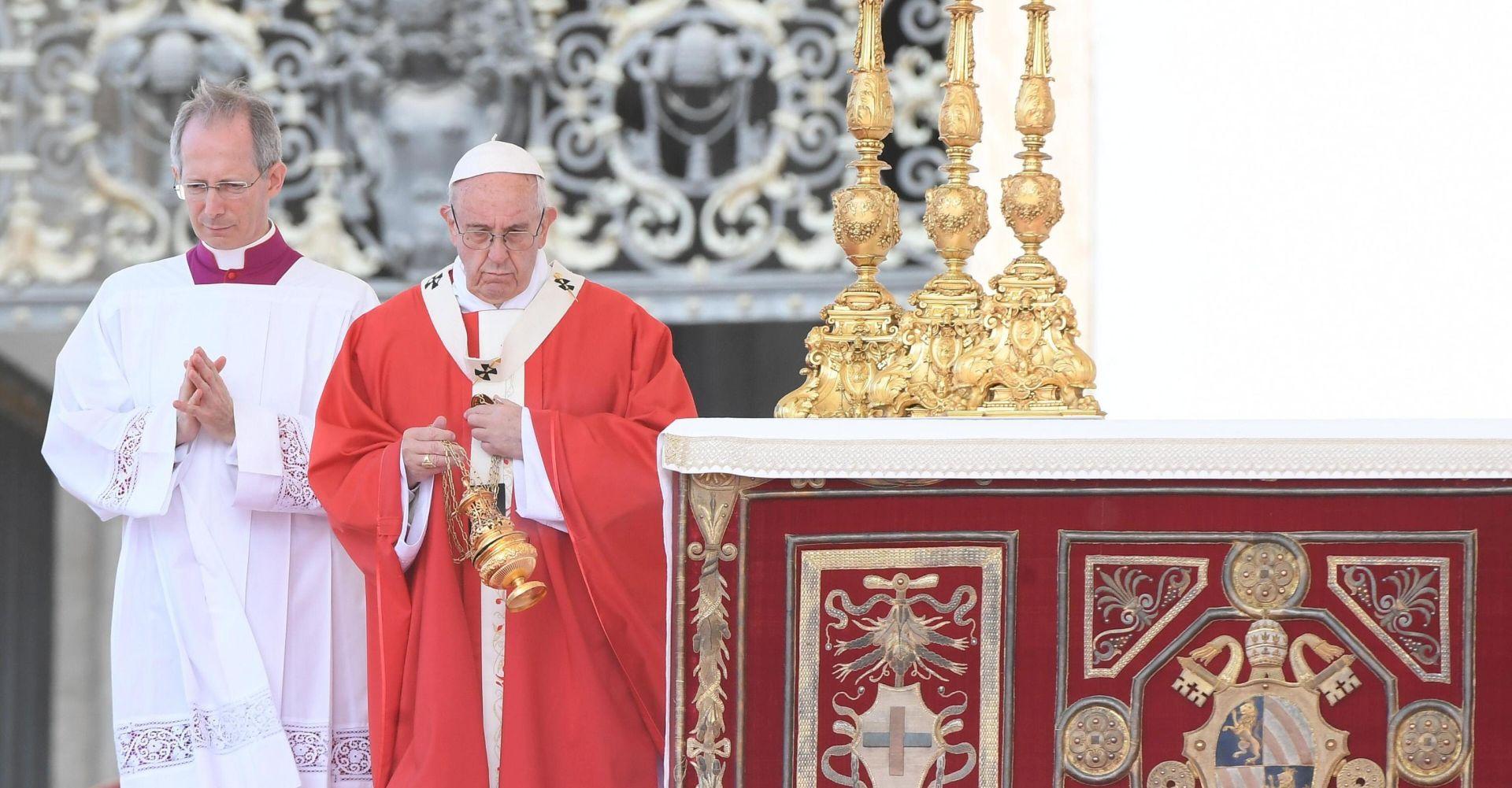 Papa nije produljio mandat kardinalu Muelleru na čelu Kongregacije za nauk vjere