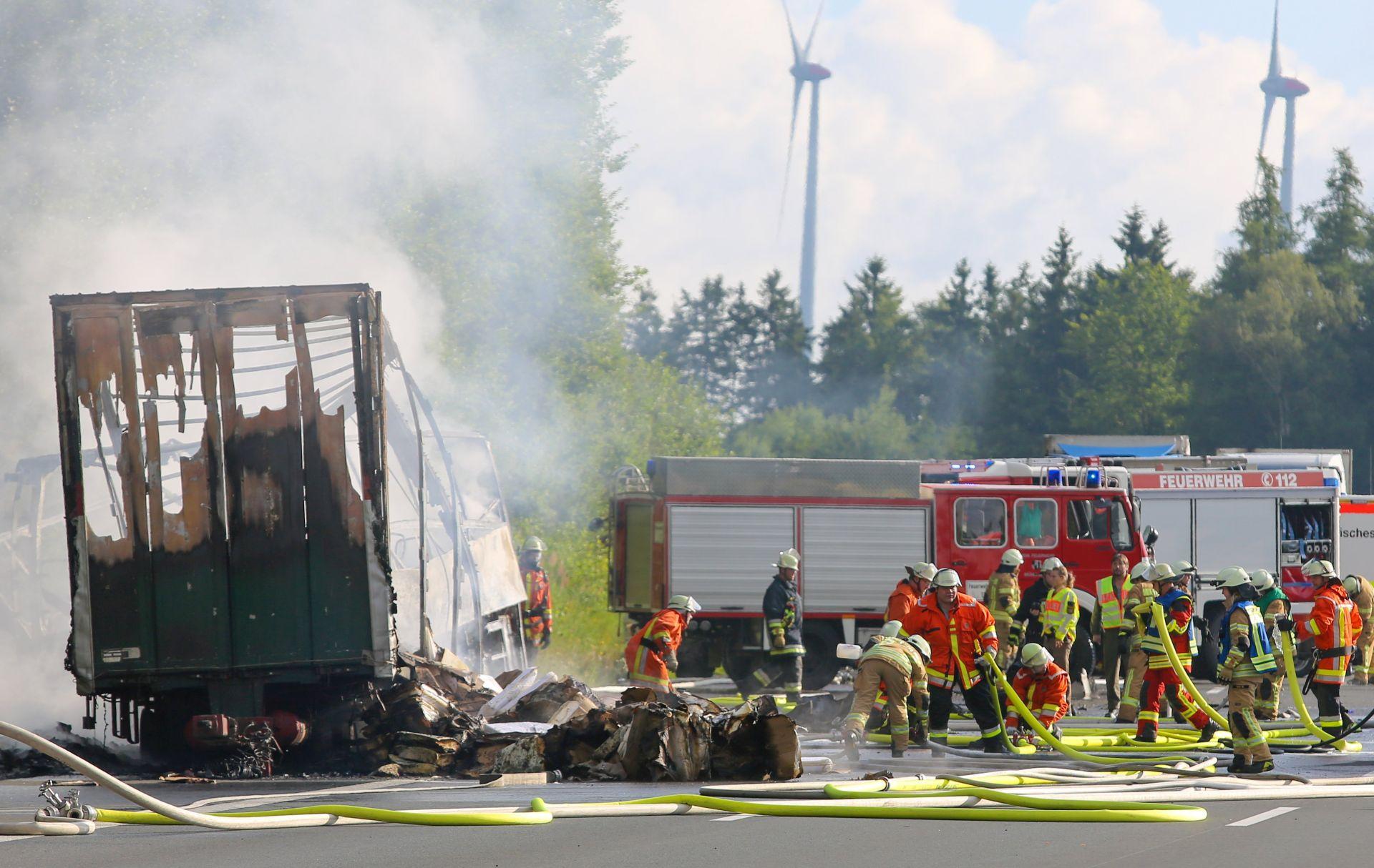 Vjerojatno 18 mrtvih u teškoj nesreći u Njemačkoj