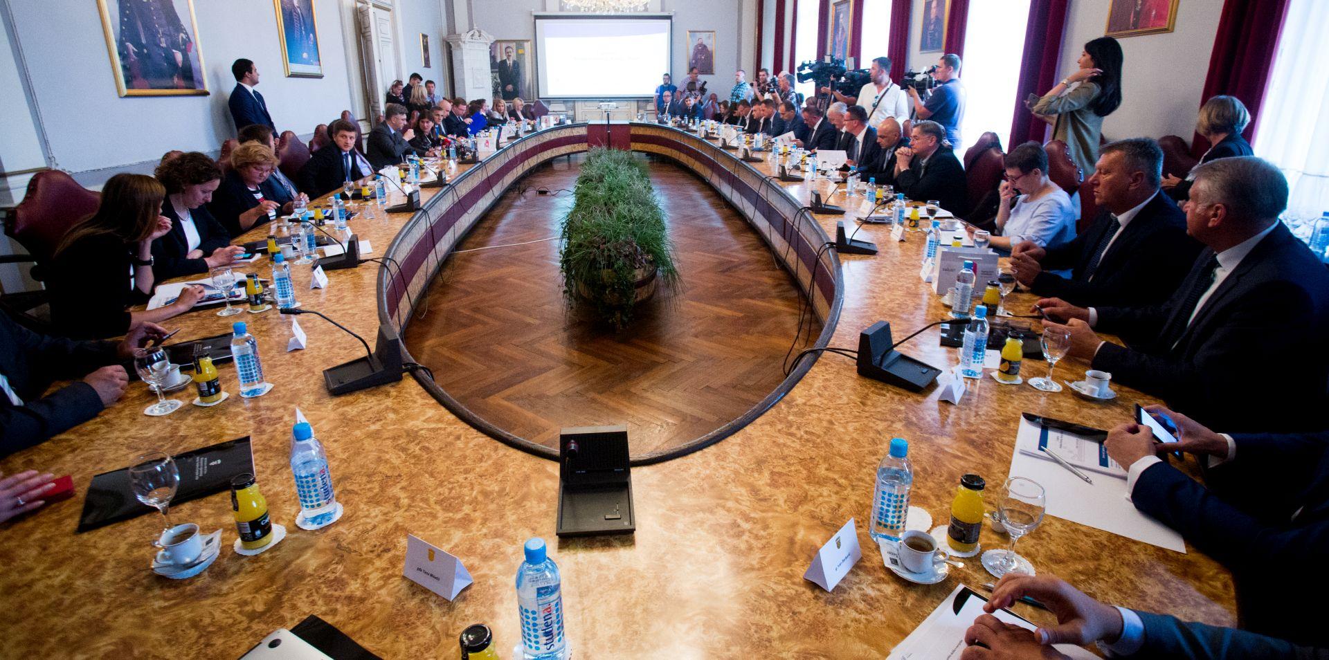 PLENKOVIĆ 'Kroz Savjet za Slavoniju, Baranju i Srijem brendiramo sve što Vlada radi za Slavoniju'