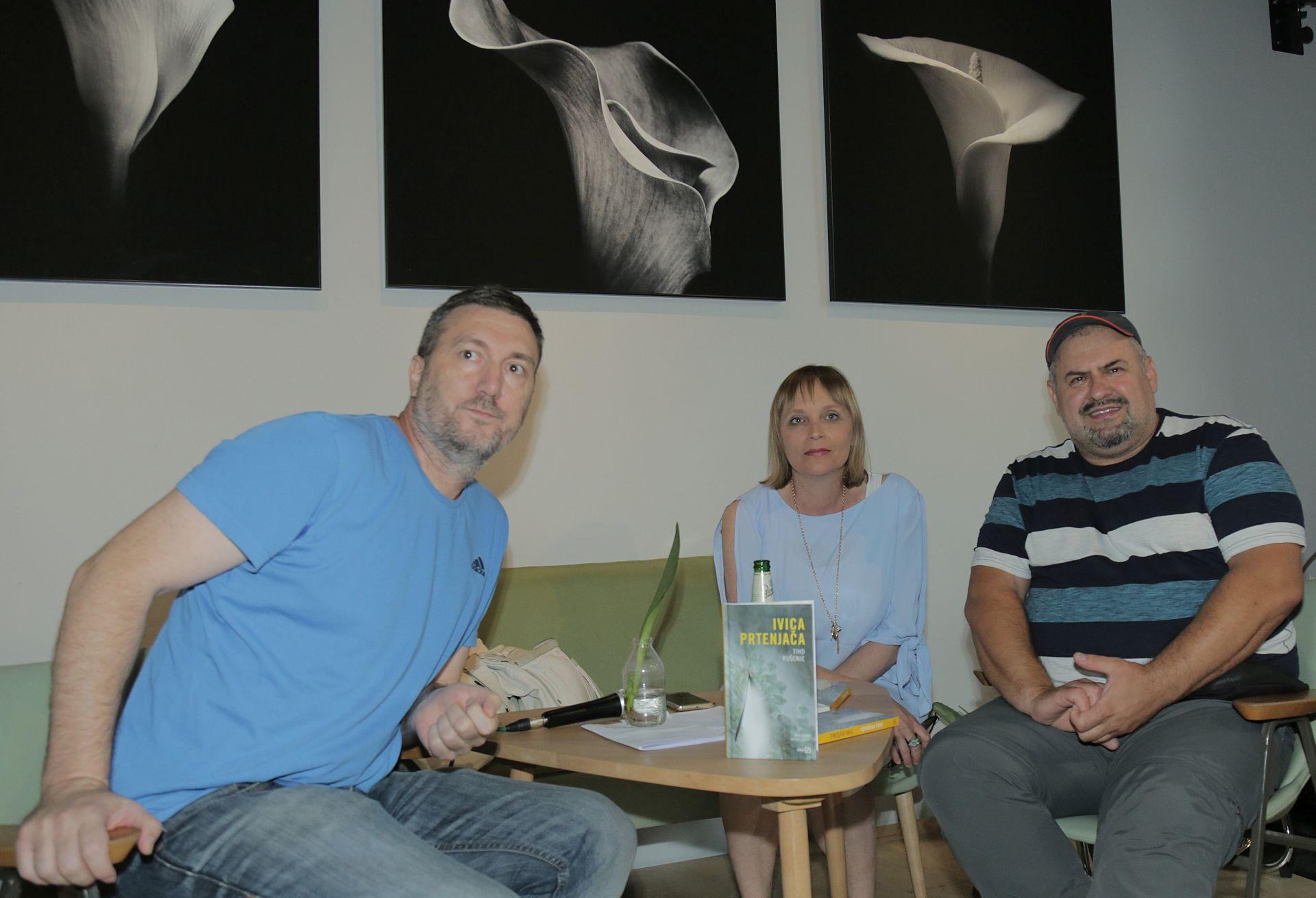 Ivica Prtenjača predstavio novi roman 'Tiho rušenje'