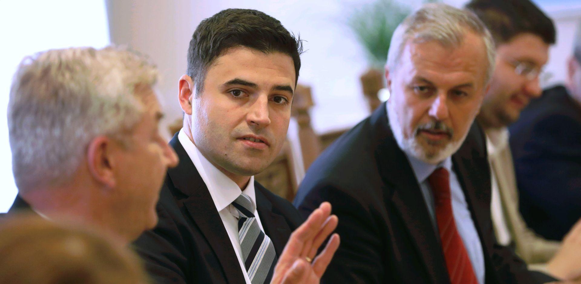 Bernardić zatražio od Odbora raspravu o uhićenjima zbog objava na Facebooku