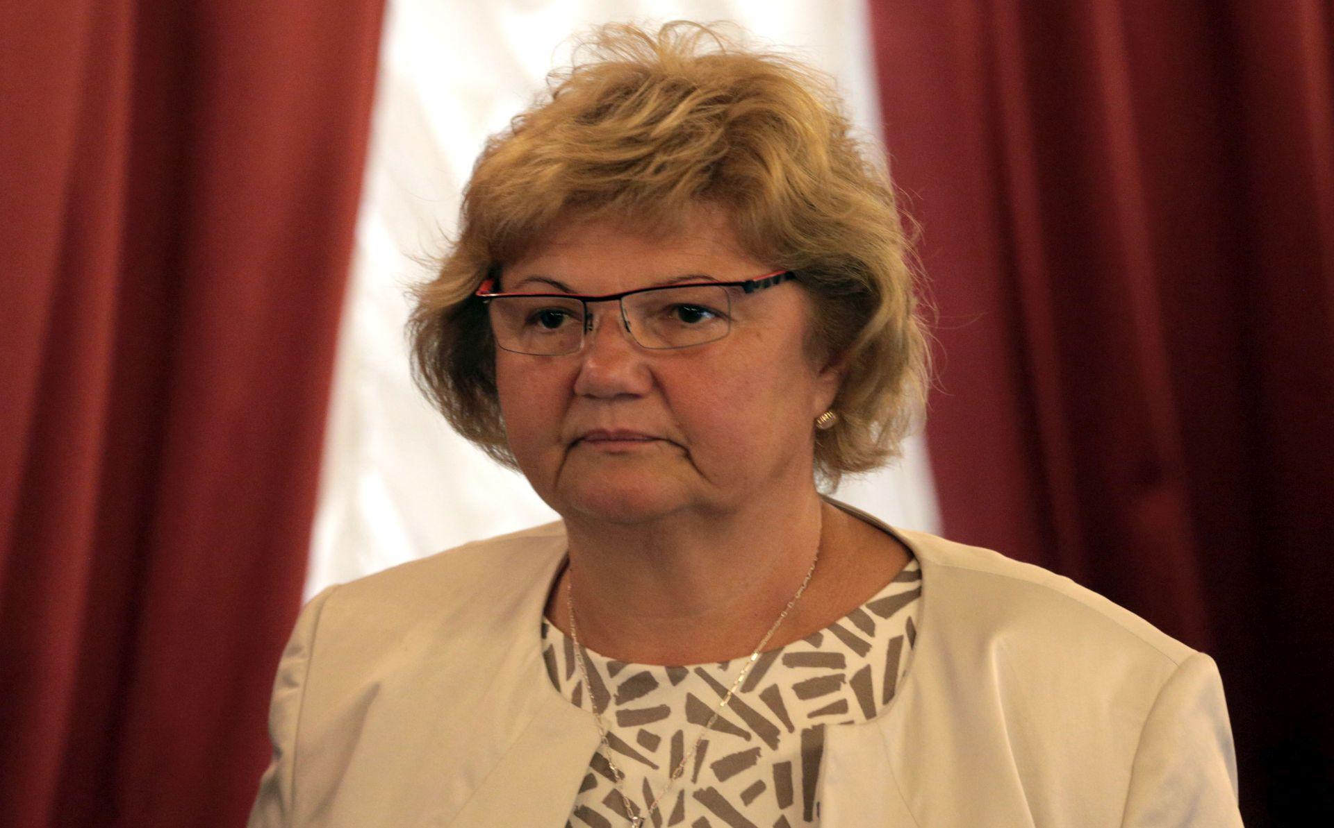 NAKON BUJICE KRITIKA Ministarstvo povuklo nacrt Obiteljskog zakona na doradu
