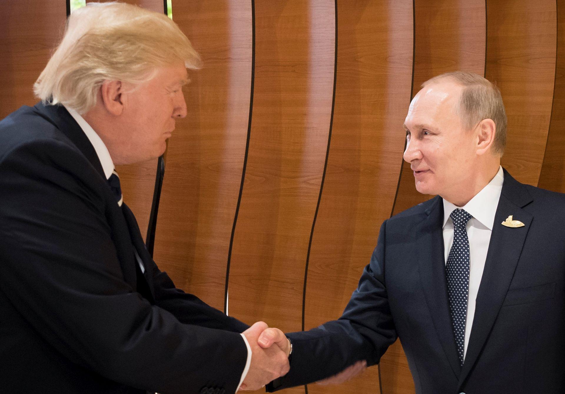 Trump i Putin ipak se sreli u Vijetnamu