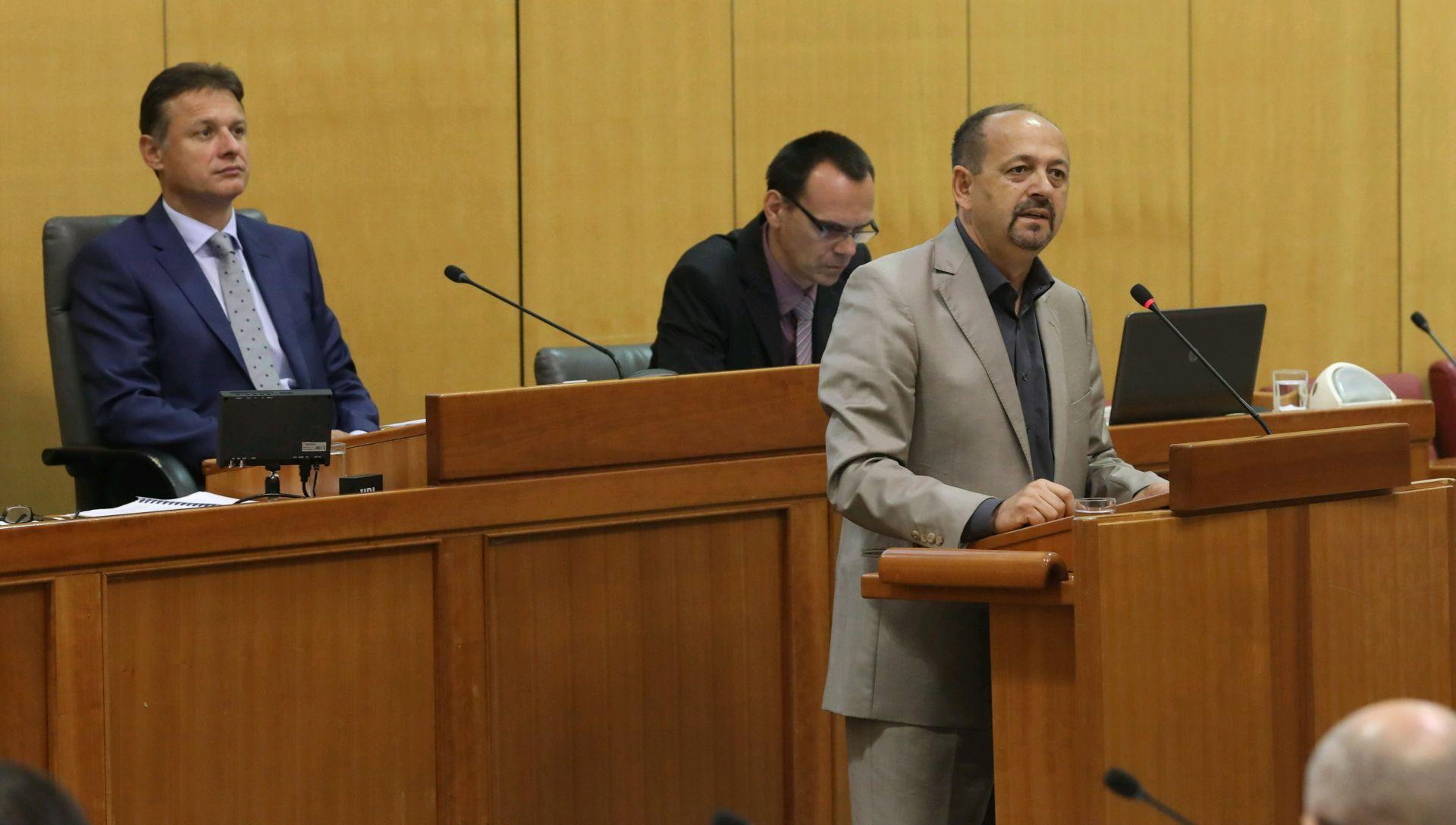 Lovrinović upozorava na 'promašenu vanjskotrogovinsku politiku'