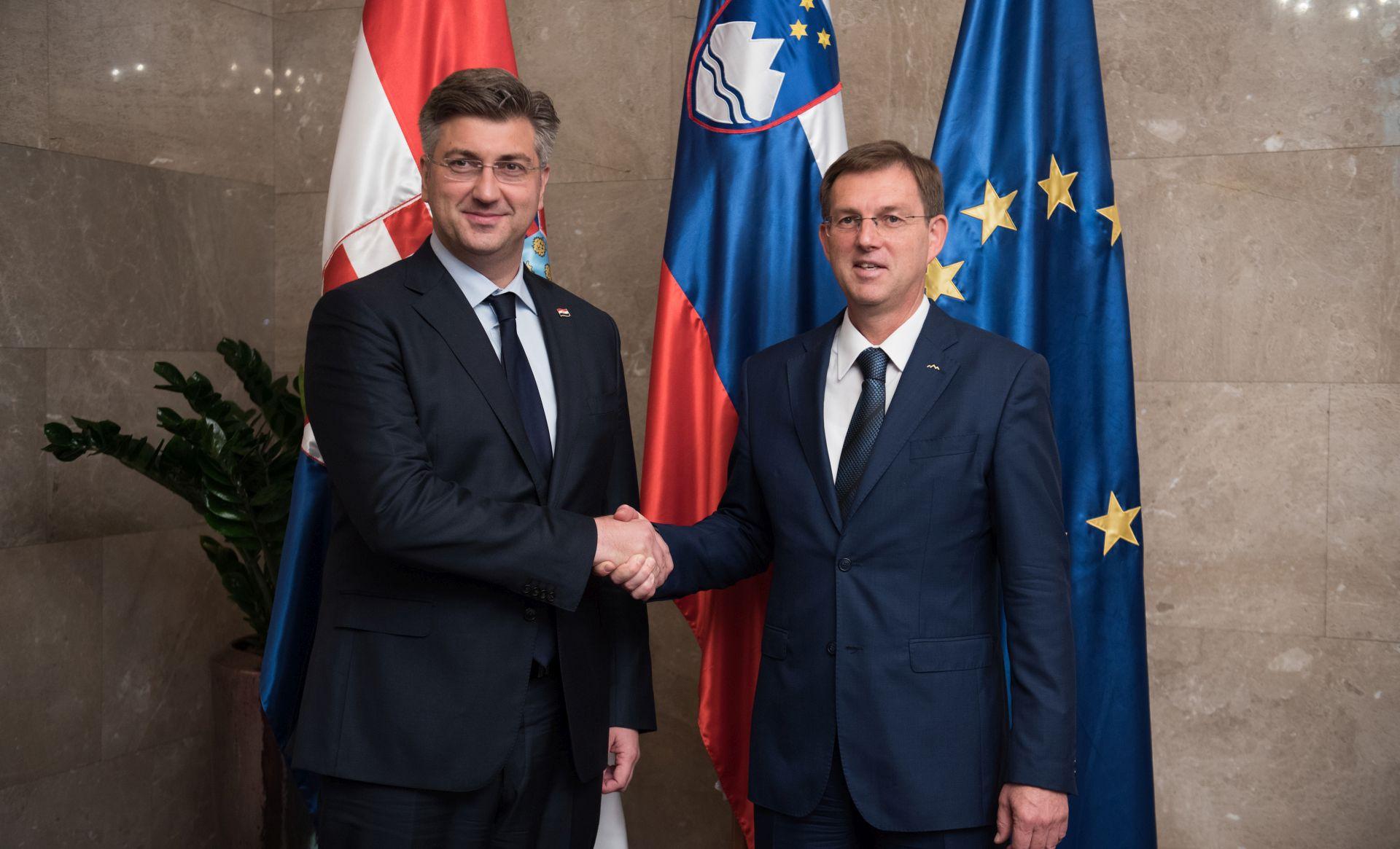 U Ljubljani počeli razgovori Plenković-Cerar