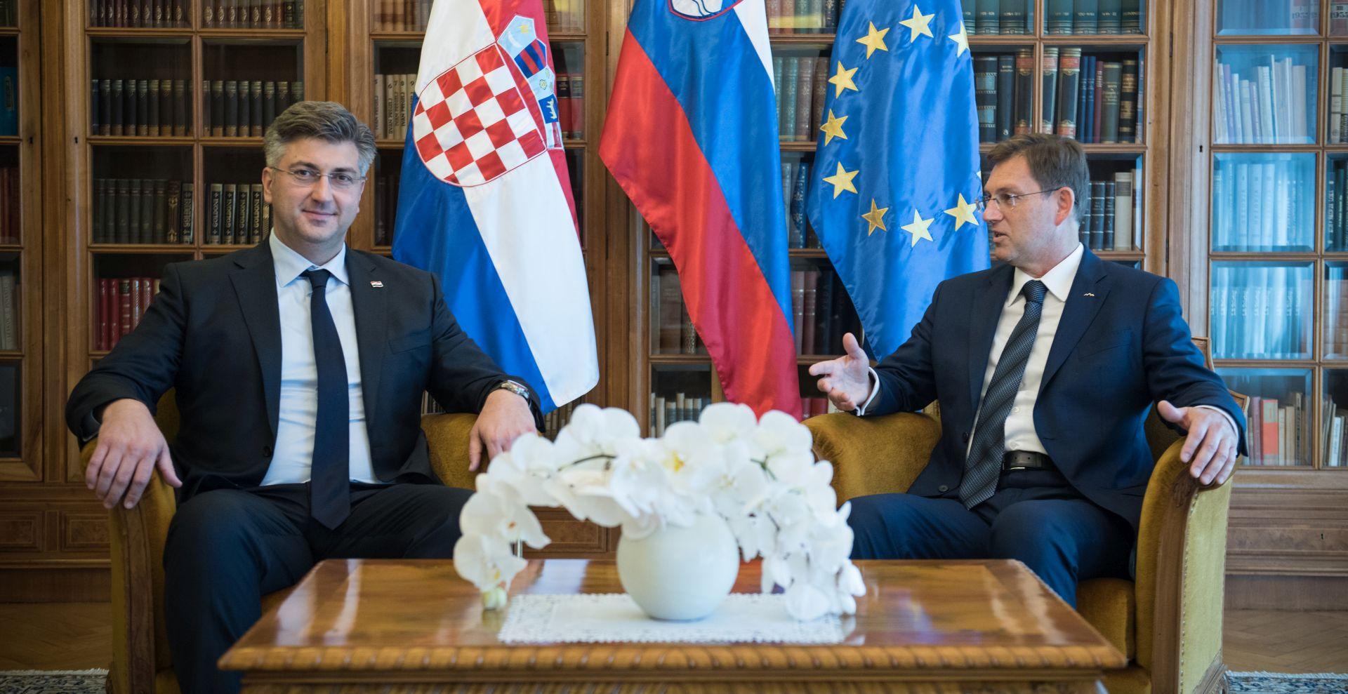 Plenković i Cerar na različitim pozicijama oko arbitraže, ali za nastavak dijaloga