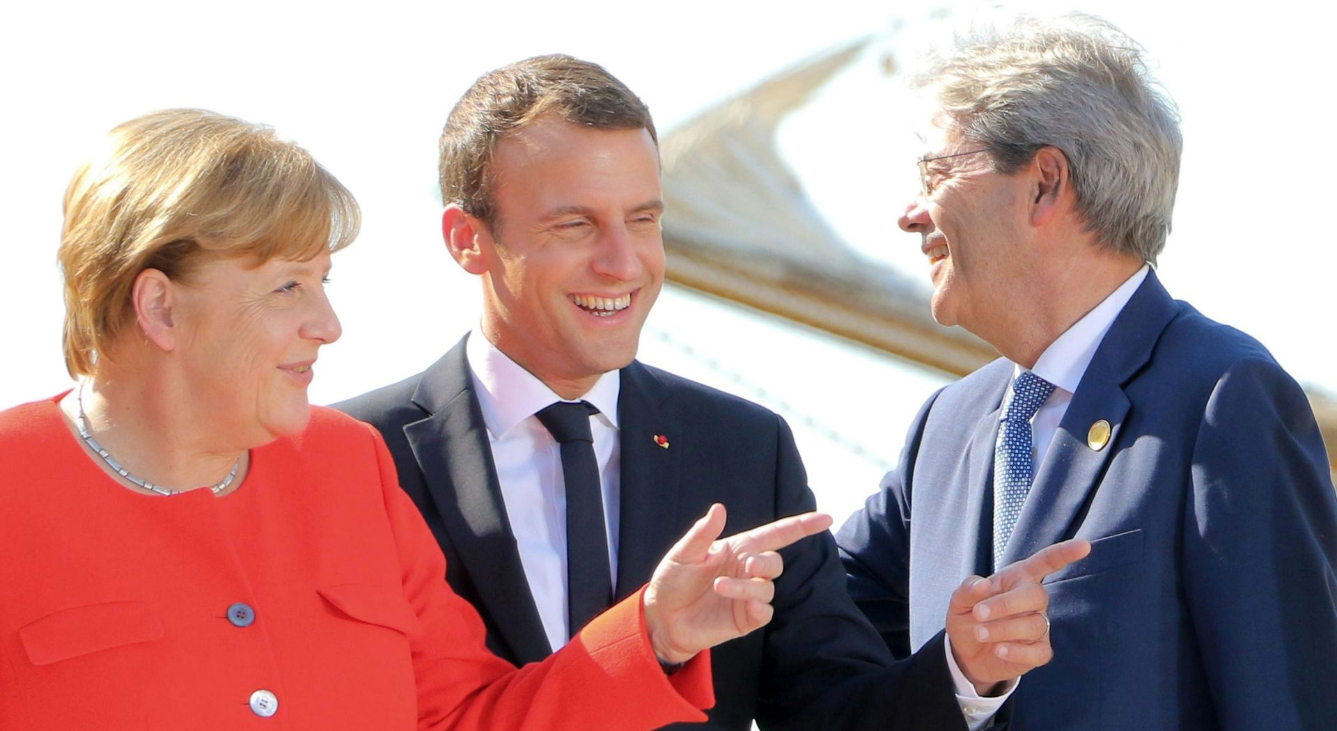 Merkel, Macron i Gentiloni za solidarnu EU-a oko migranata
