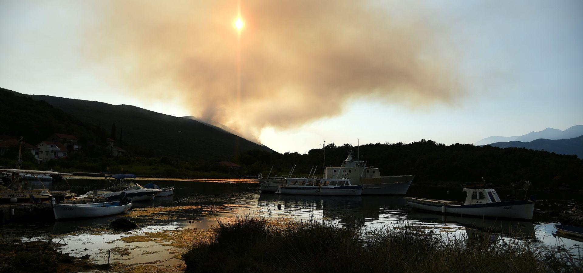 Ukrajinski zrakoplov već gasi požare u Crnoj Gori, dolaze i drugi