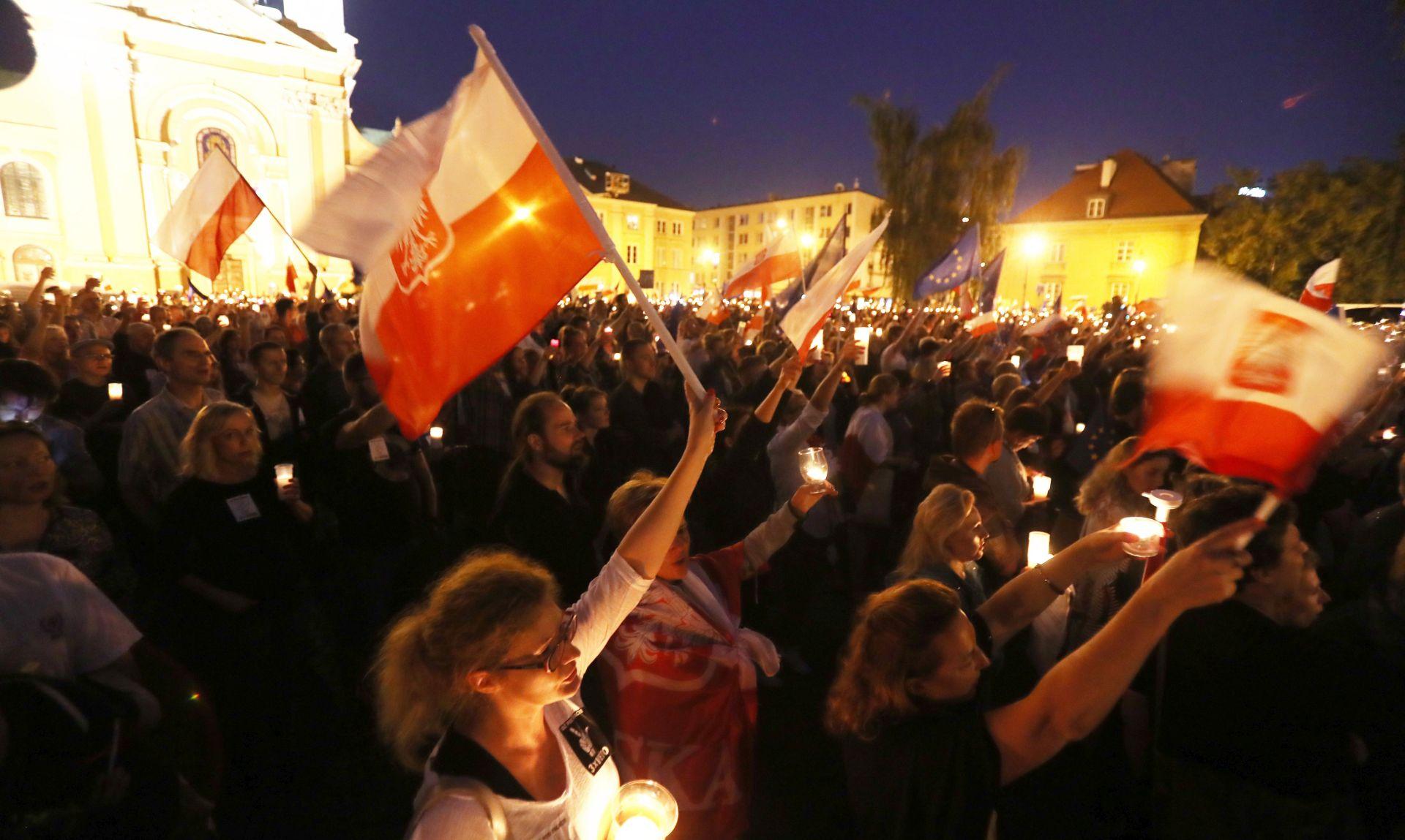 Poljski predsjednik Duda neočekivano odlučio staviti veto na nacrte zakona