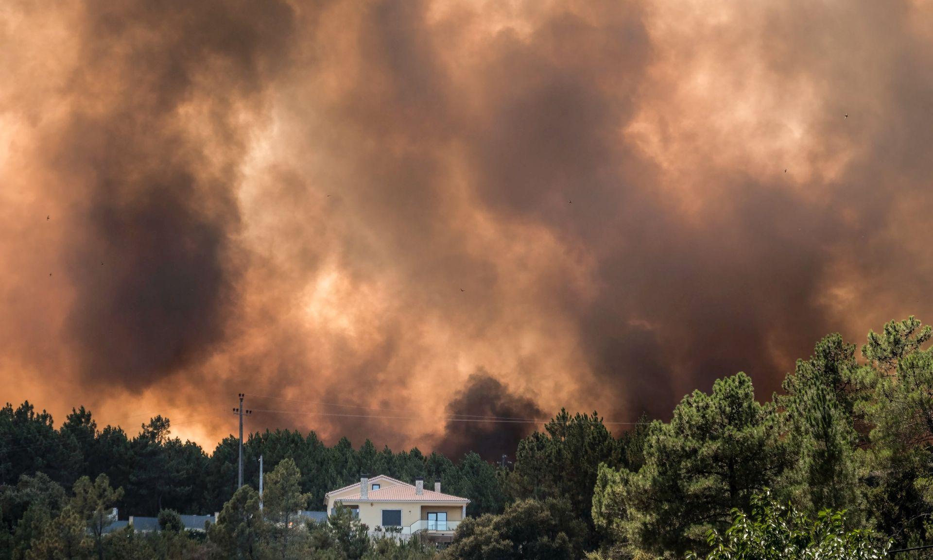 Šire se požari u Portugalu