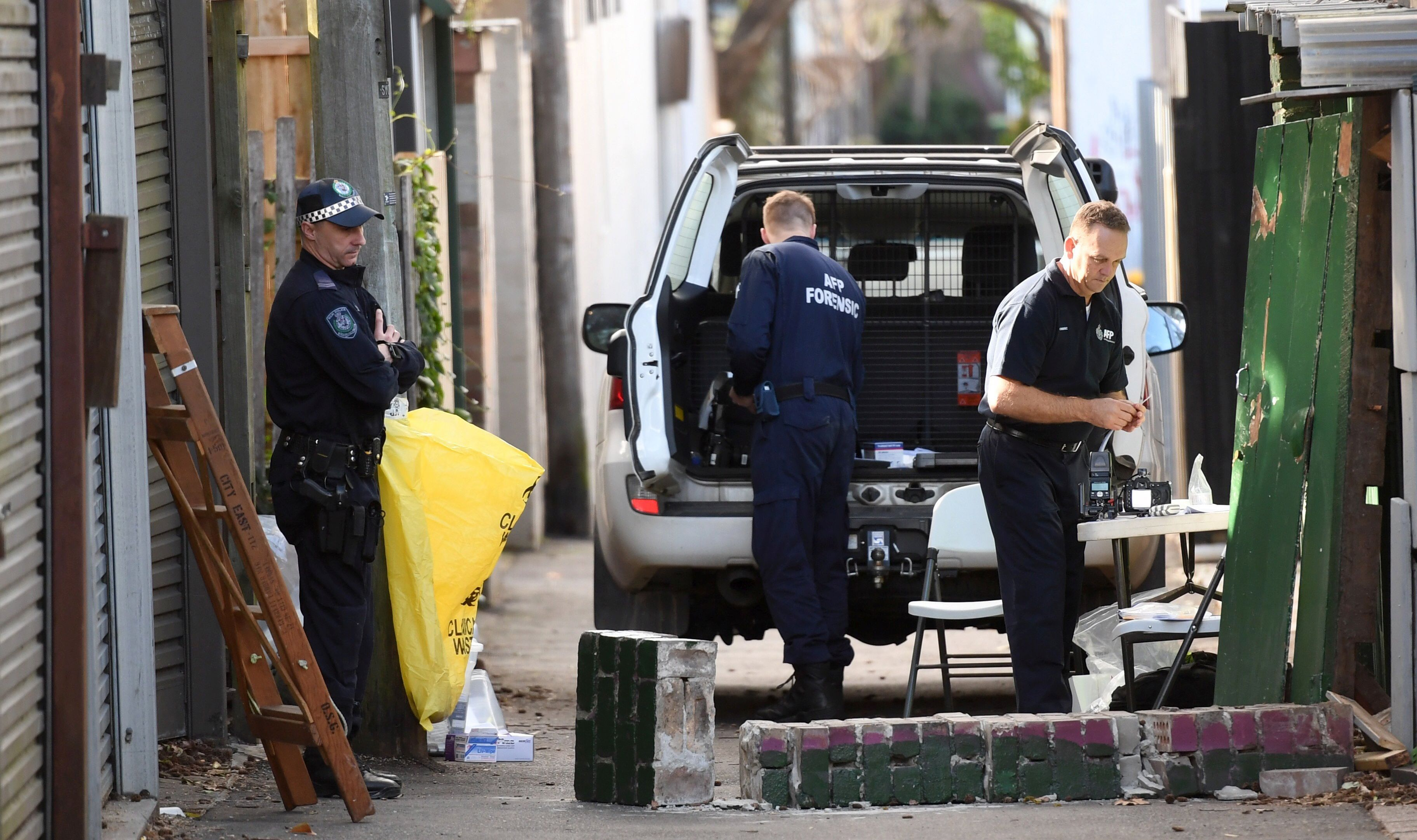 Tri osobe priznale krivnju za planiranje napada na australske vladine zgrade
